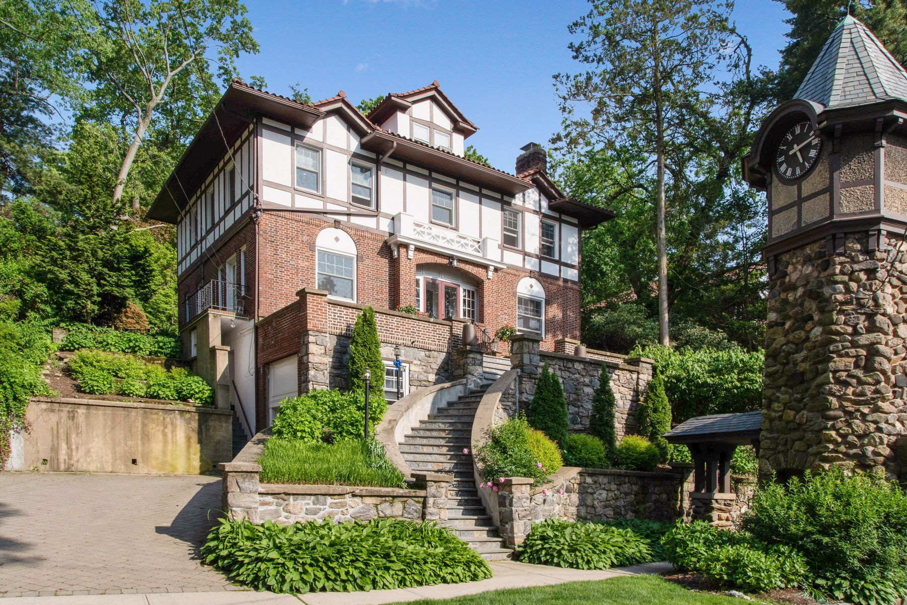Single Family Homes for Active at Welcome To 30 Harmon Avenue 30 Harmon Avenue Pelham, New York 10803 United States