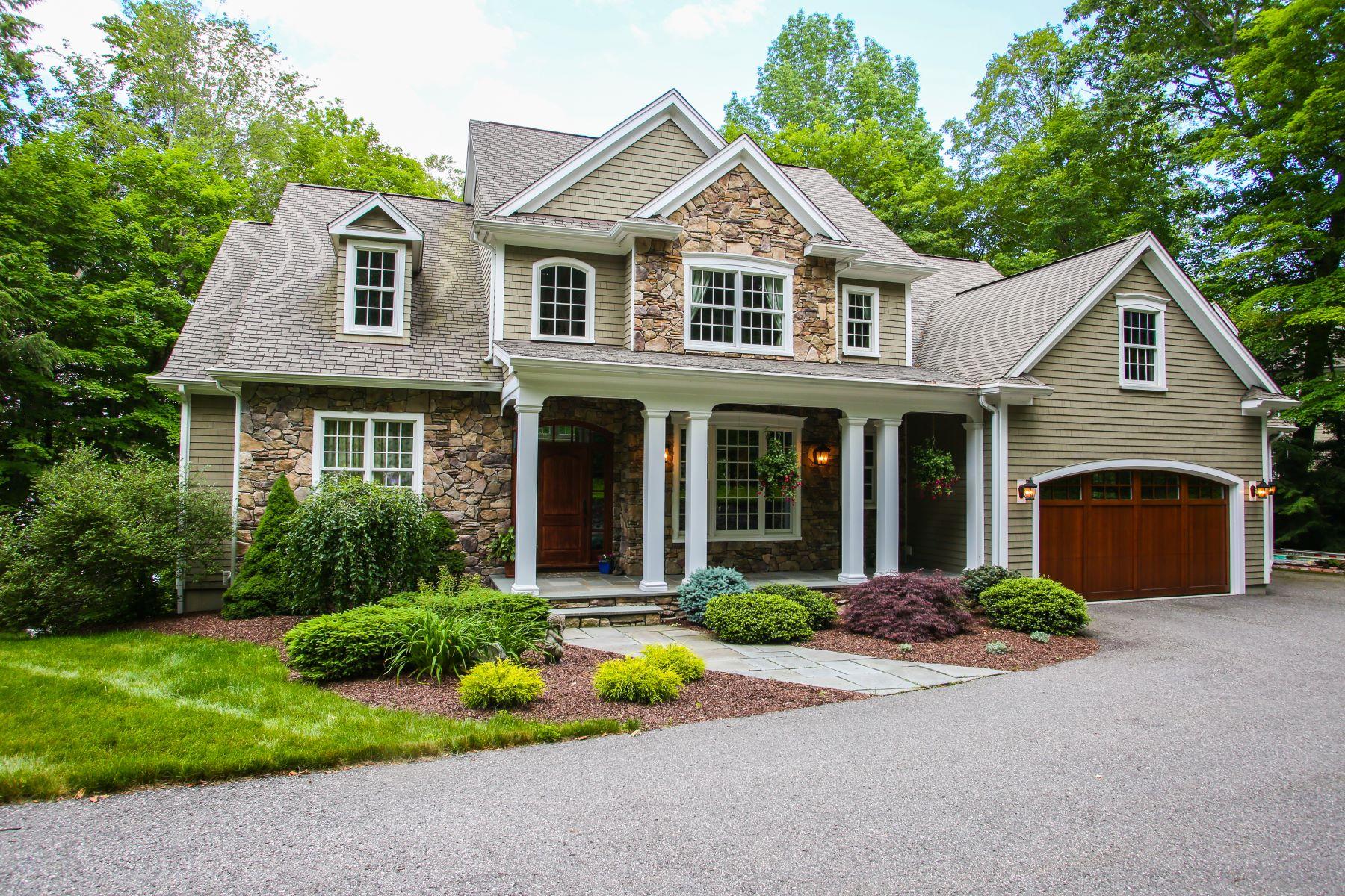 Single Family Homes للـ Sale في Woodridge Lake Watefront 333 West Hyerdale Drive, Goshen, Connecticut 06756 United States