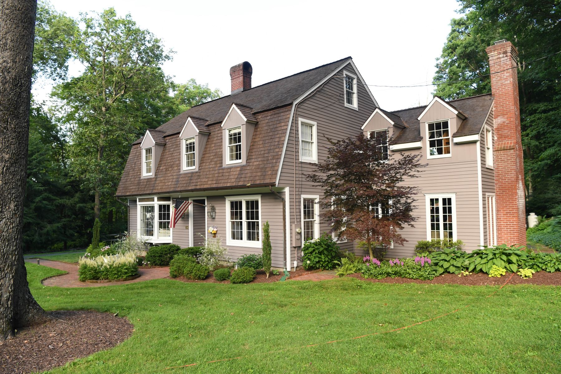 Single Family Homes pour l Vente à 60 Belden Hill Road Wilton, Connecticut 06897 États-Unis