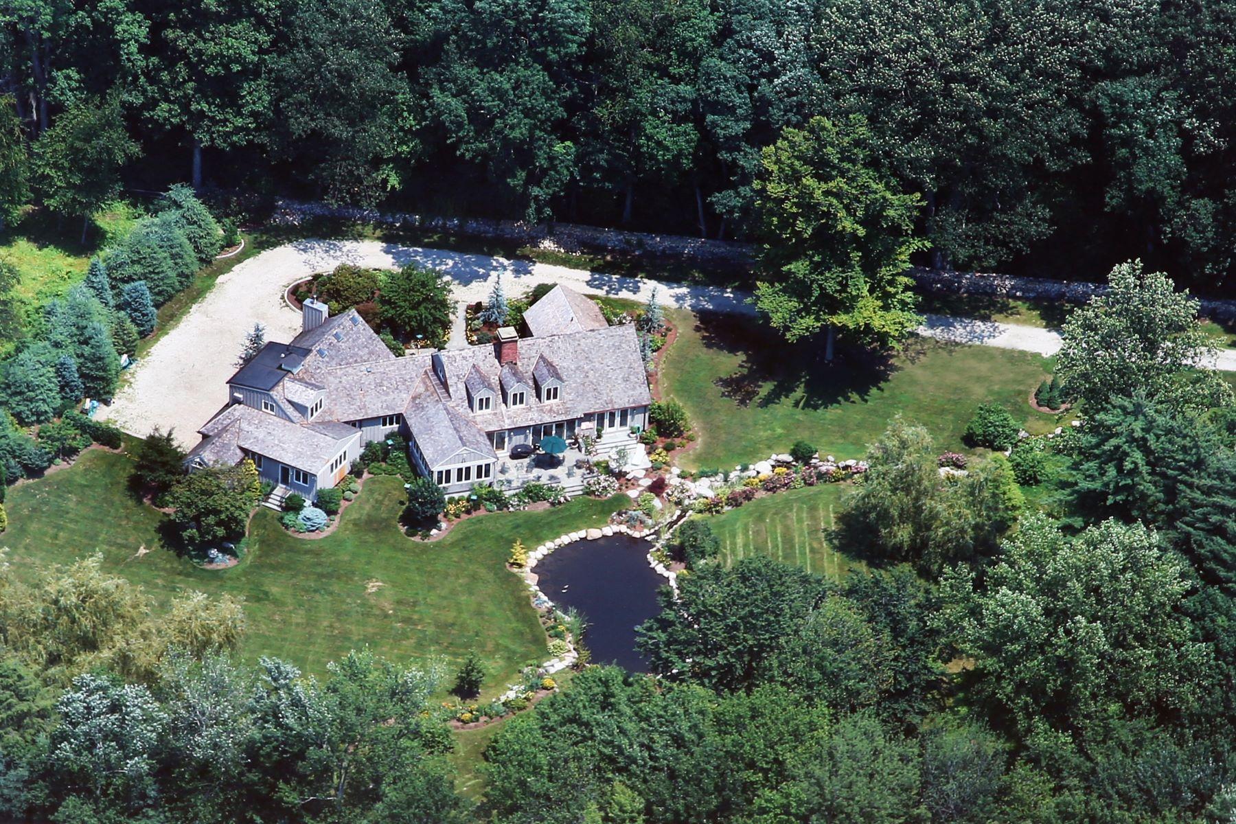 一戸建て のために 売買 アット Magnificent, Private Gated Custom Home in Greenfield Hill 160 Longmeadow Road, Fairfield, コネチカット, 06824 アメリカ合衆国