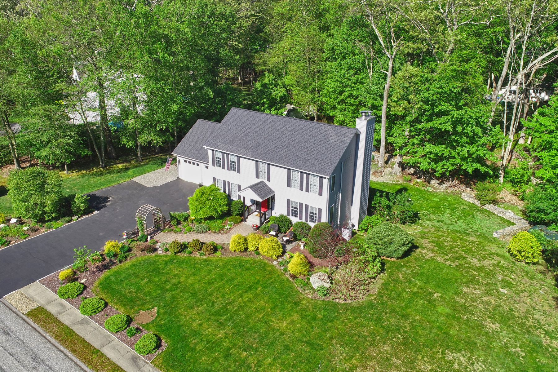 single family homes for Sale at Norwich, Connecticut 06360 United States