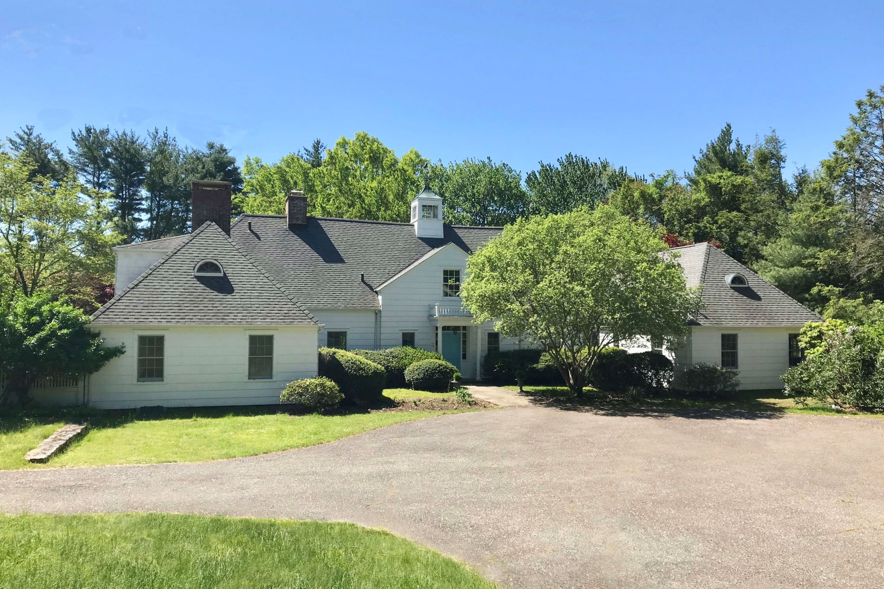 Single Family Homes for Sale at 14 Old Parish Road Darien, Connecticut 06820 United States
