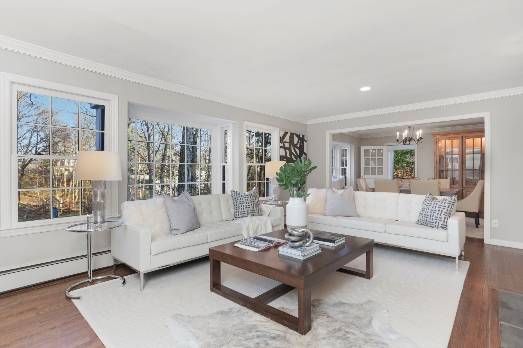 Single Family Homes for Active at 29 Granaston Lane Darien, Connecticut 06820 United States
