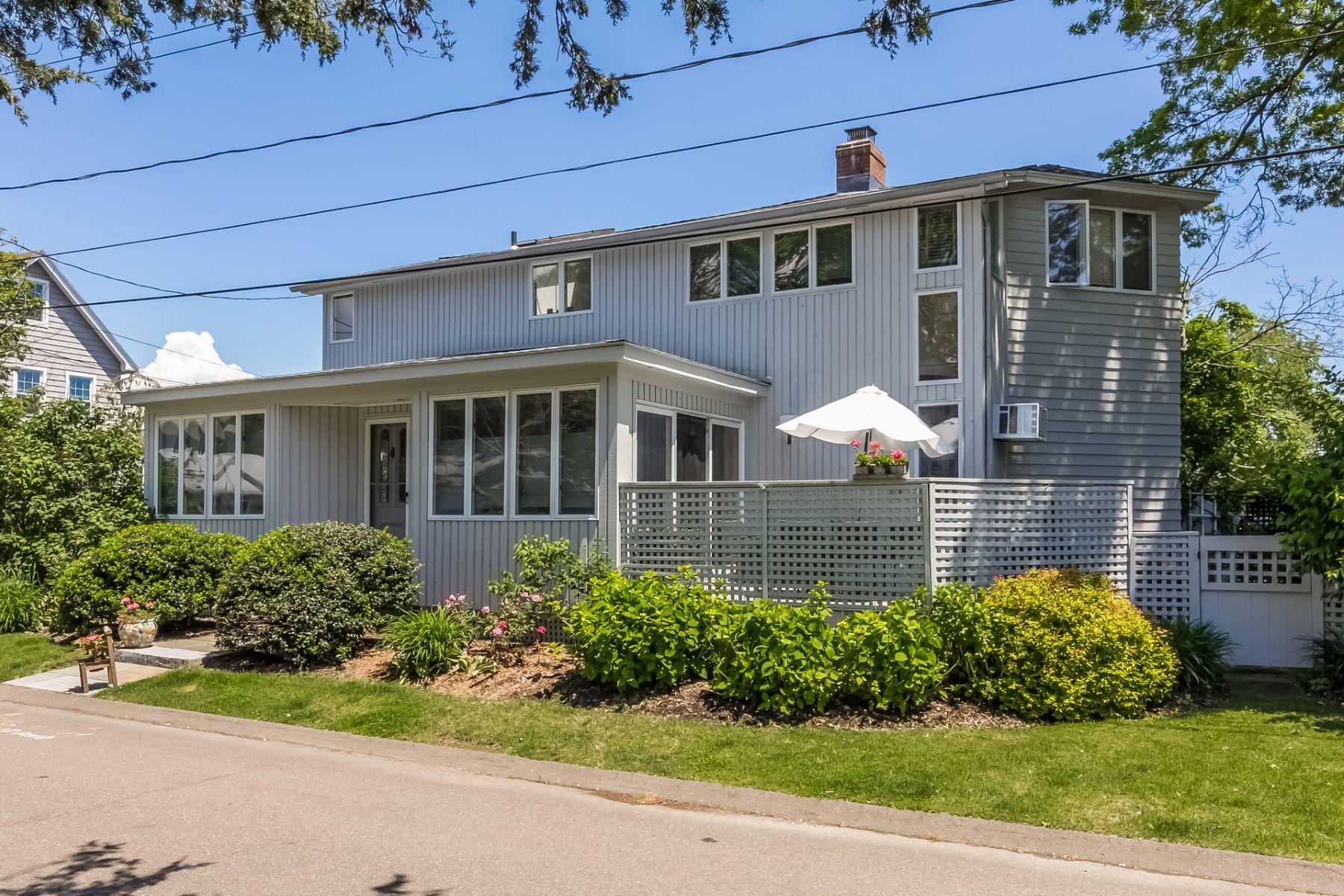 단독 가정 주택 용 매매 에 31 Linden Lane Madison, 코네티컷, 06443 미국