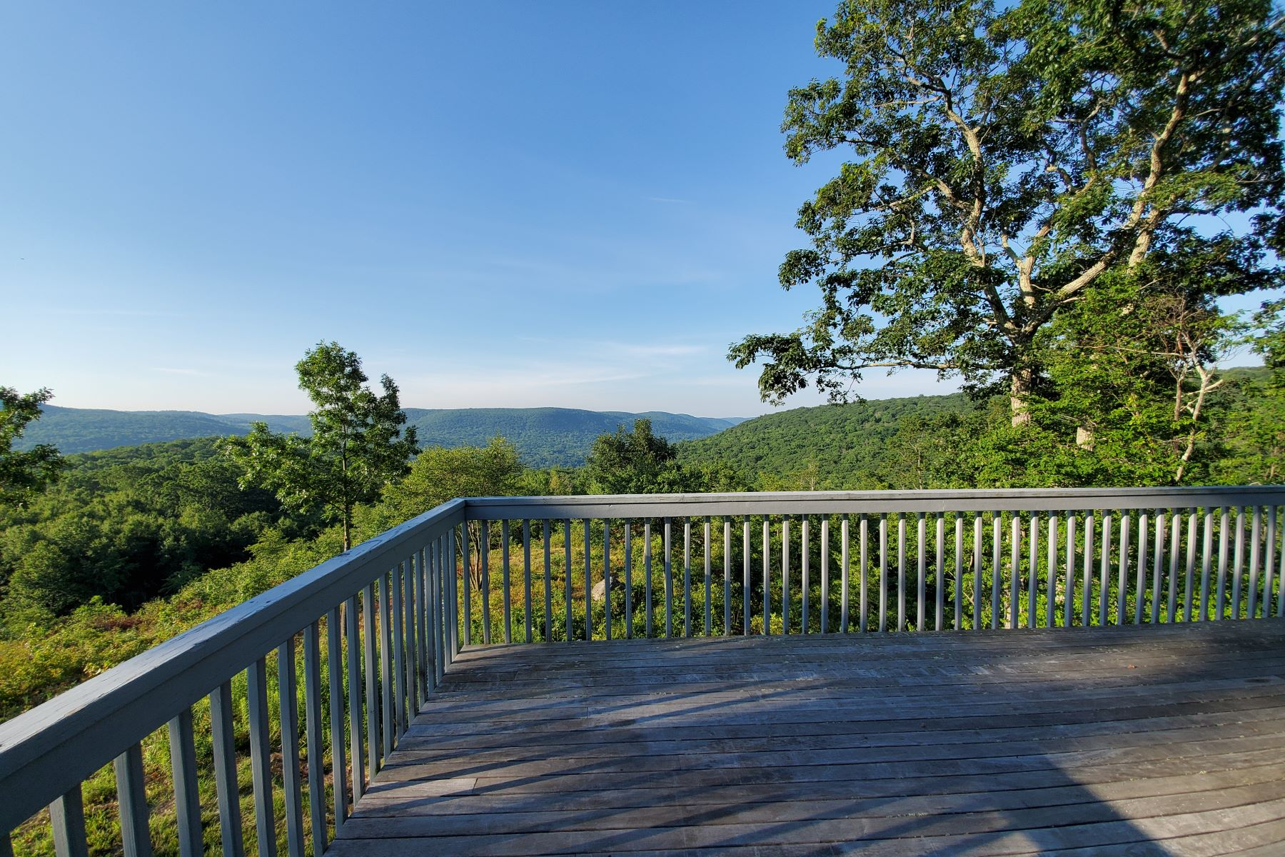 Single Family Homes للـ Sale في Panoramic views of the Housatonic Valley 72 Herb Road, Sharon, Connecticut 06069 United States