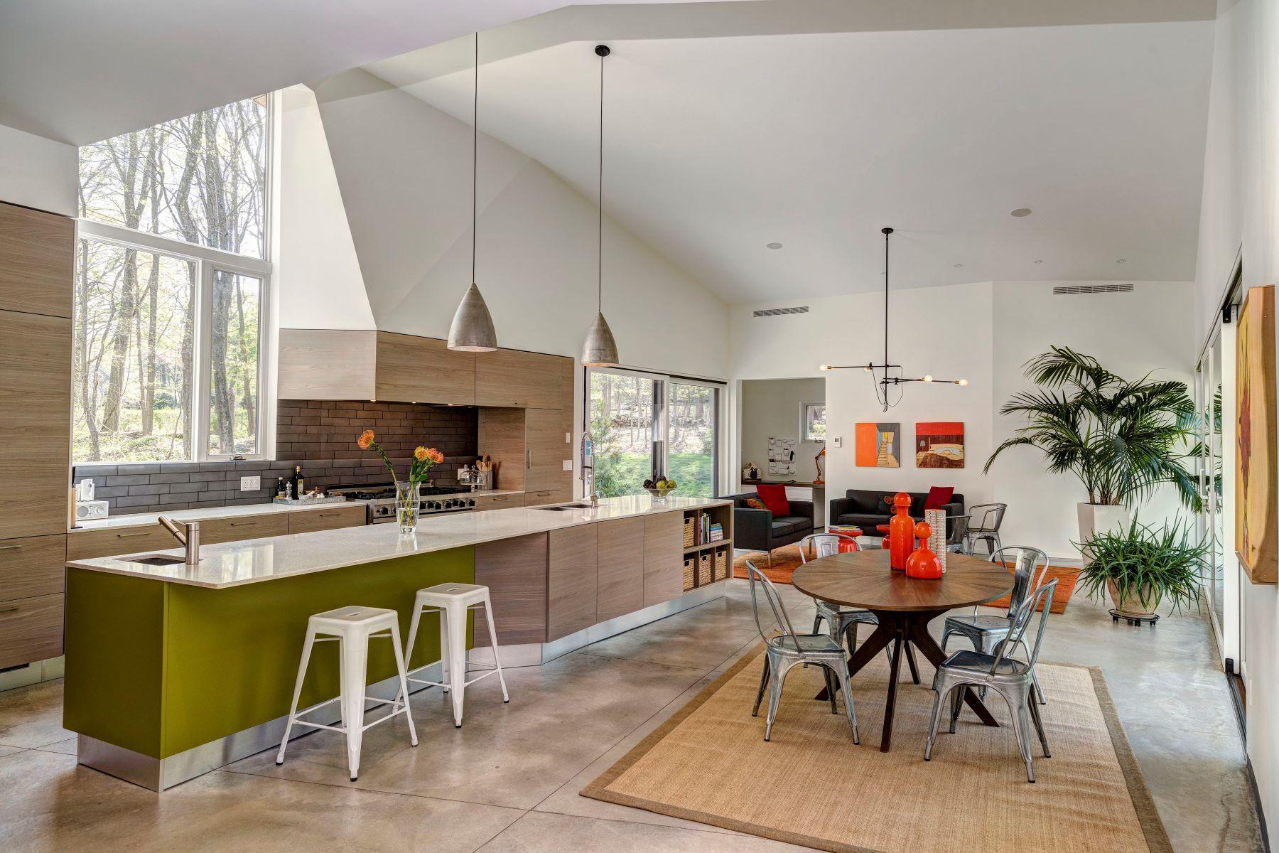 Single Family Homes для того Продажа на Darien, Коннектикут 06820 Соединенные Штаты