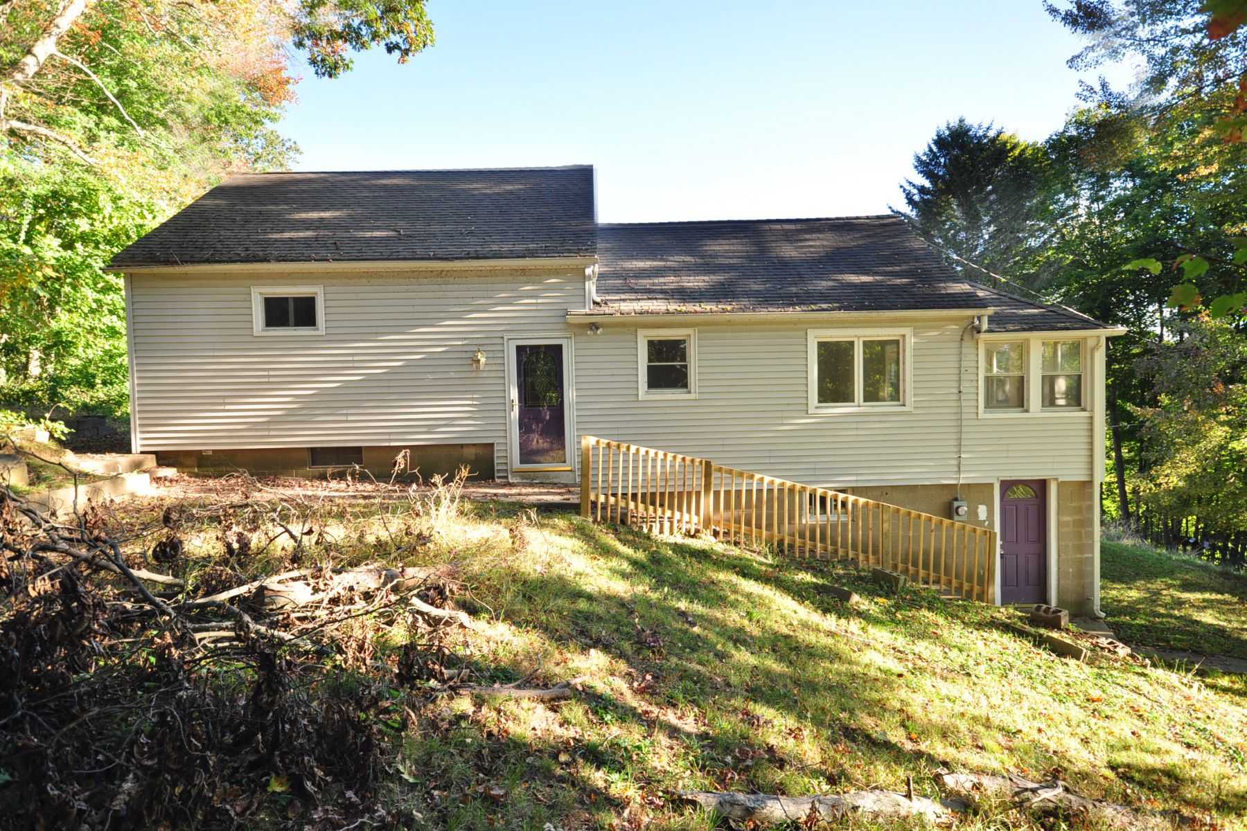 Single Family Home for Sale at New Fairfield Ranch 62 Hudson Drive New Fairfield, Connecticut 06812 United States