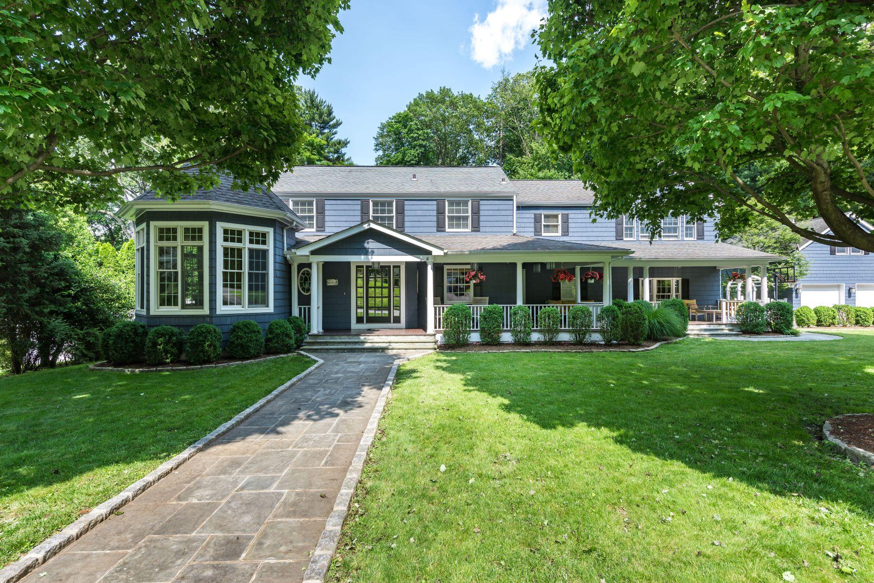 Single Family Homes 為 出售 在 Uniquely Striking and Gracious Home 145 Judson Avenue, Dobbs Ferry, 纽约 10522 美國