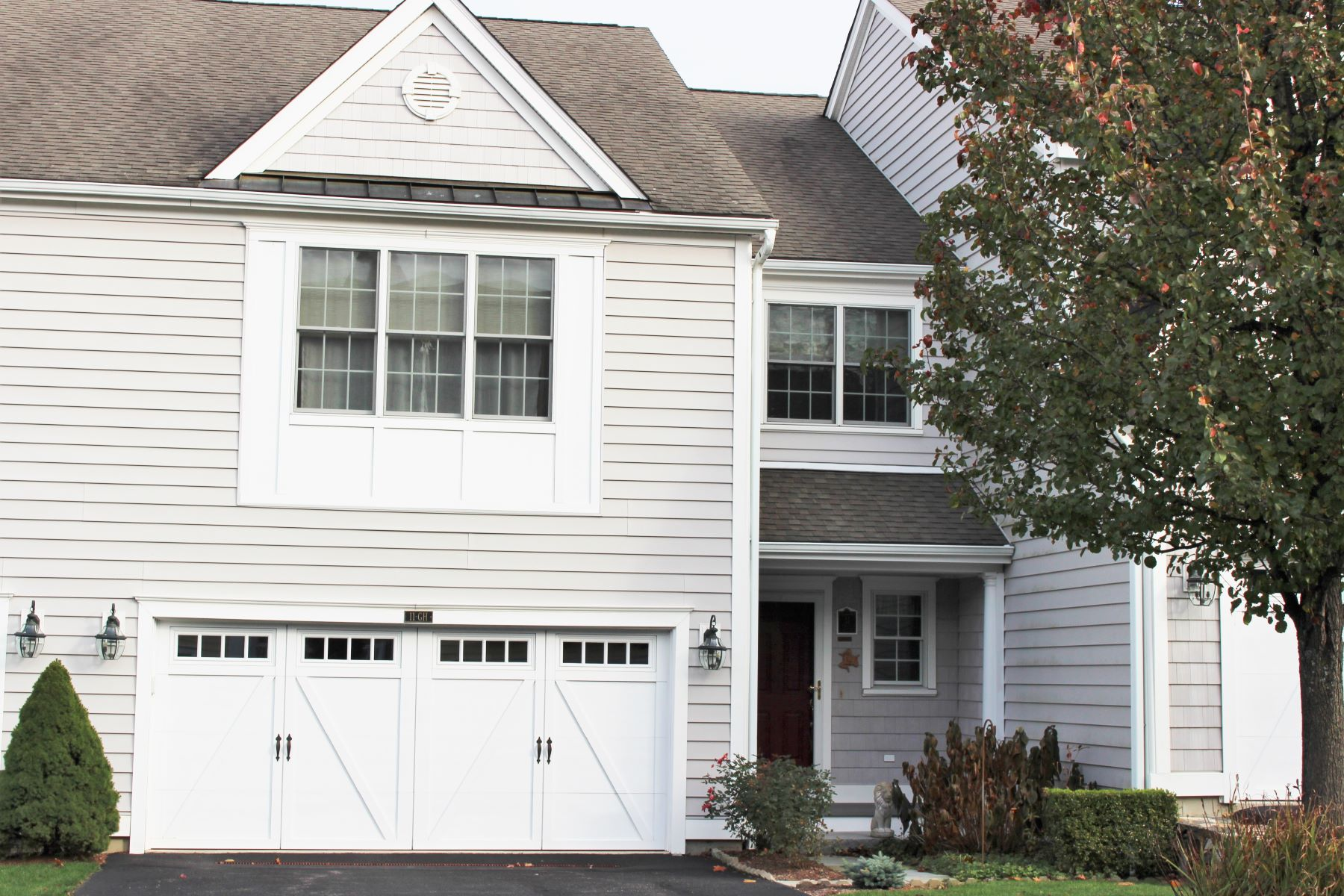 townhouses for Sale at Beechwood Townhome 11 Great Heron Lane 11, Brookfield, Connecticut 06804 United States