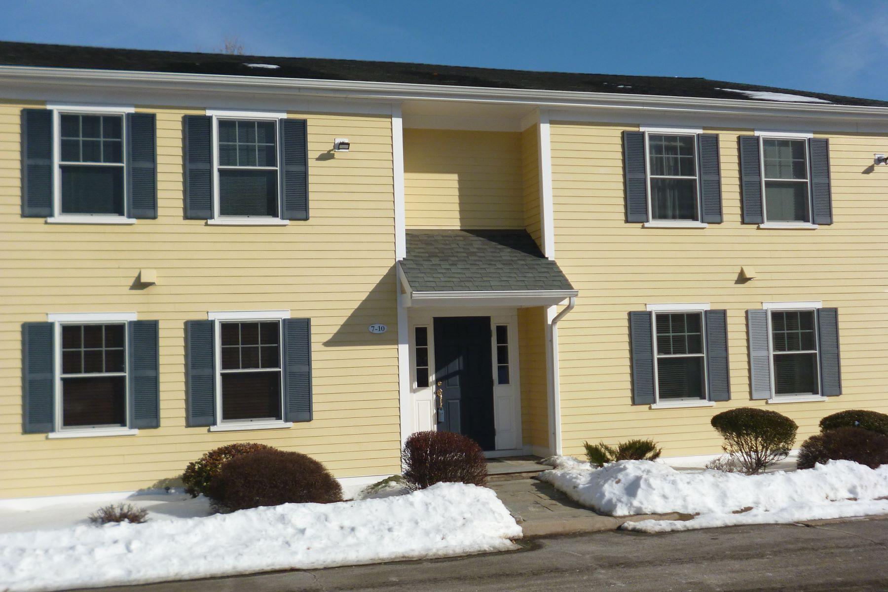 Condominium for Sale at Silvermine Condo 8 Silvermine Avenue 10 Norwalk, Connecticut 06850 United States