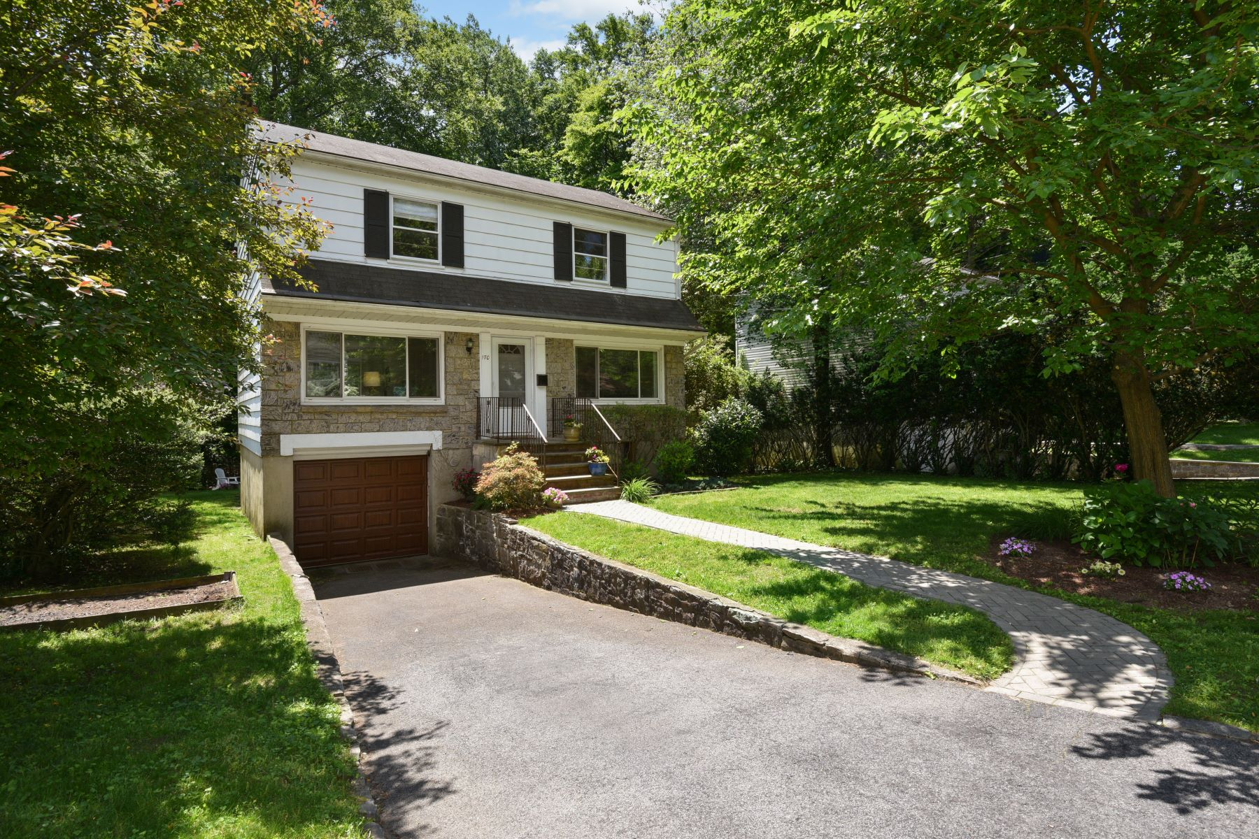 Single Family Homes for Sale at 170 Norman Road New Rochelle, New York 10804 United States
