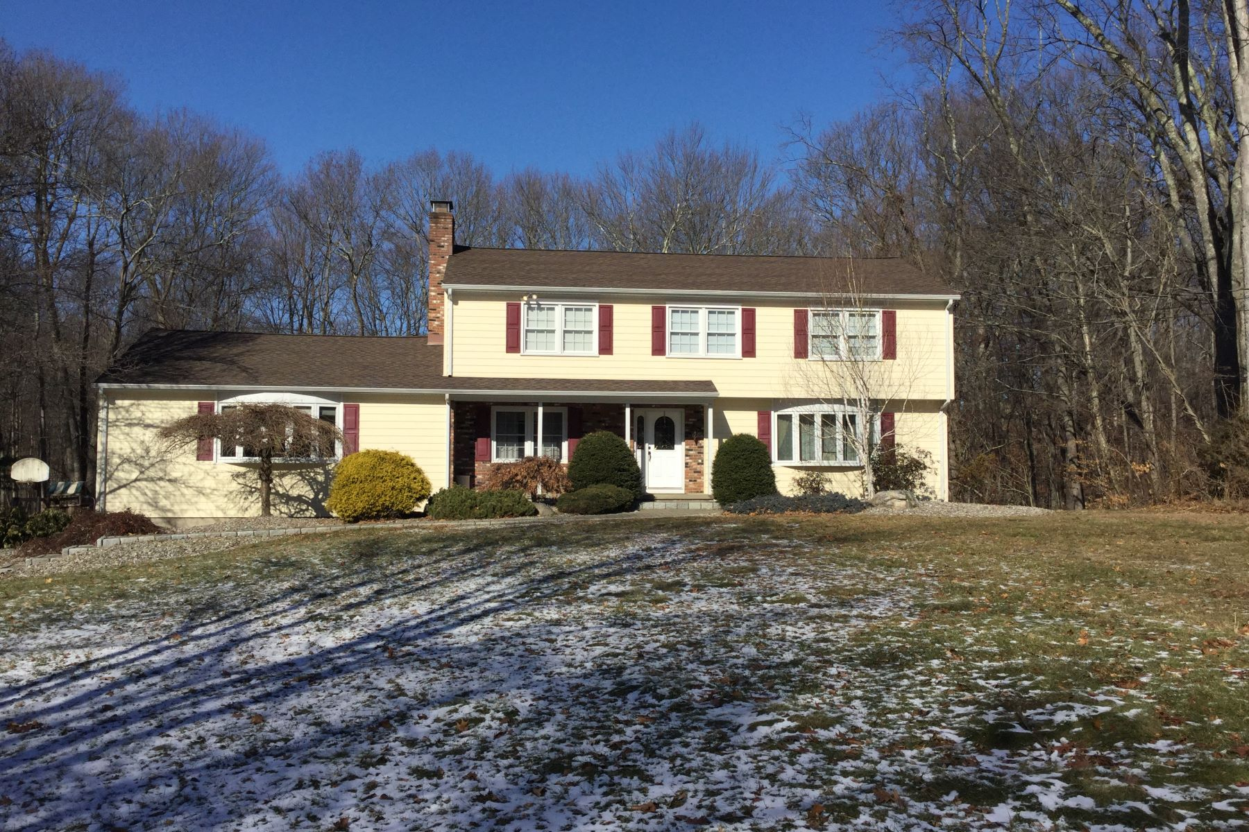 Single Family Home for Sale at Beautifully situated on 1 acre on a quiet Cul-de-sac 20 Mistywood Lane, Trumbull, Connecticut, 06611 United States