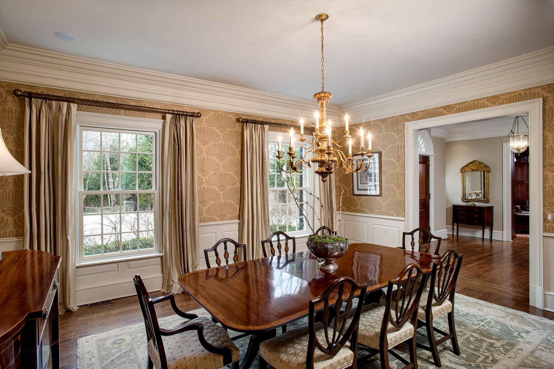 Additional photo for property listing at Connecticut Classic 183 Ferris Hill Road New Canaan, Коннектикут 06840 Соединенные Штаты