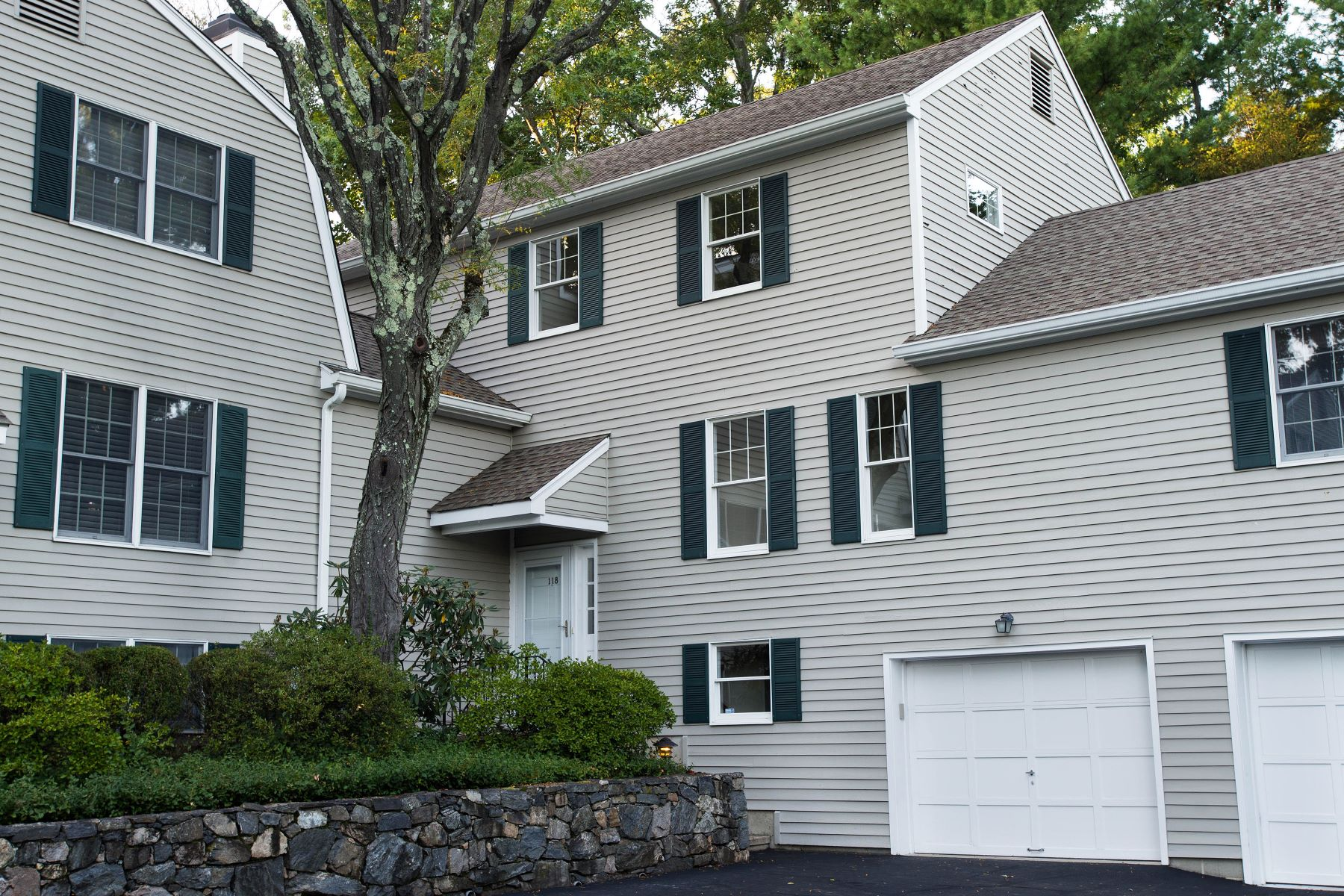 شقة بعمارة للـ Rent في 118 Forest Street 118 Forest Street 118 New Canaan, Connecticut, 06840 United States
