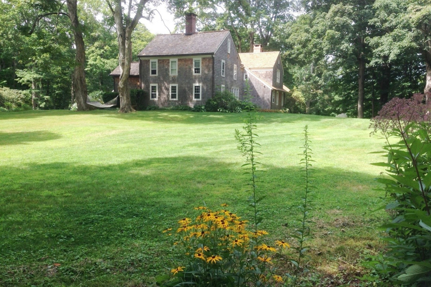 Single Family Home for Rent at 156 Deforest Road Wilton, Connecticut, 06897 United States