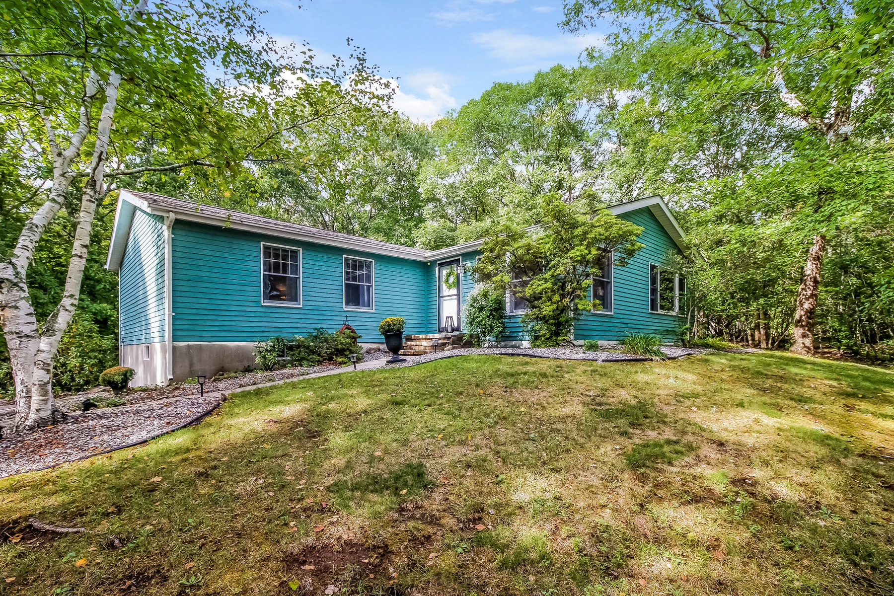 Single Family Home for Sale at Impeccably Remodeled 15 King James Dr East Lyme, Connecticut, 06333 United States