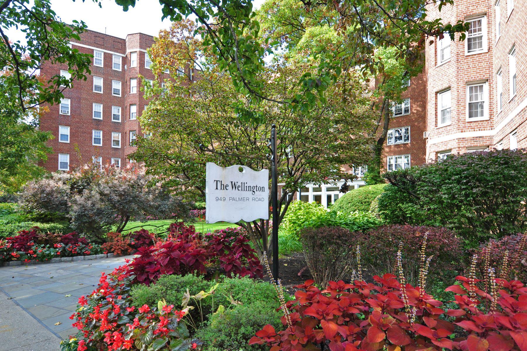Mietervereinswohnung für Verkauf beim Sun Filled 1-Bedroom at The Wellington 949 Palmer Road 2E Bronxville, New York, 10708 Vereinigte Staaten