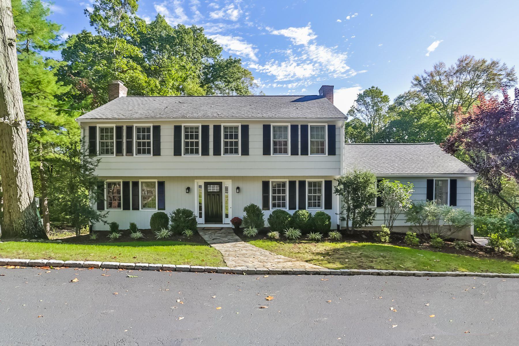 Casa para uma família para Venda às 78 Bridle Trail 78 Bridle Trail Fairfield, Connecticut 06824 Estados Unidos