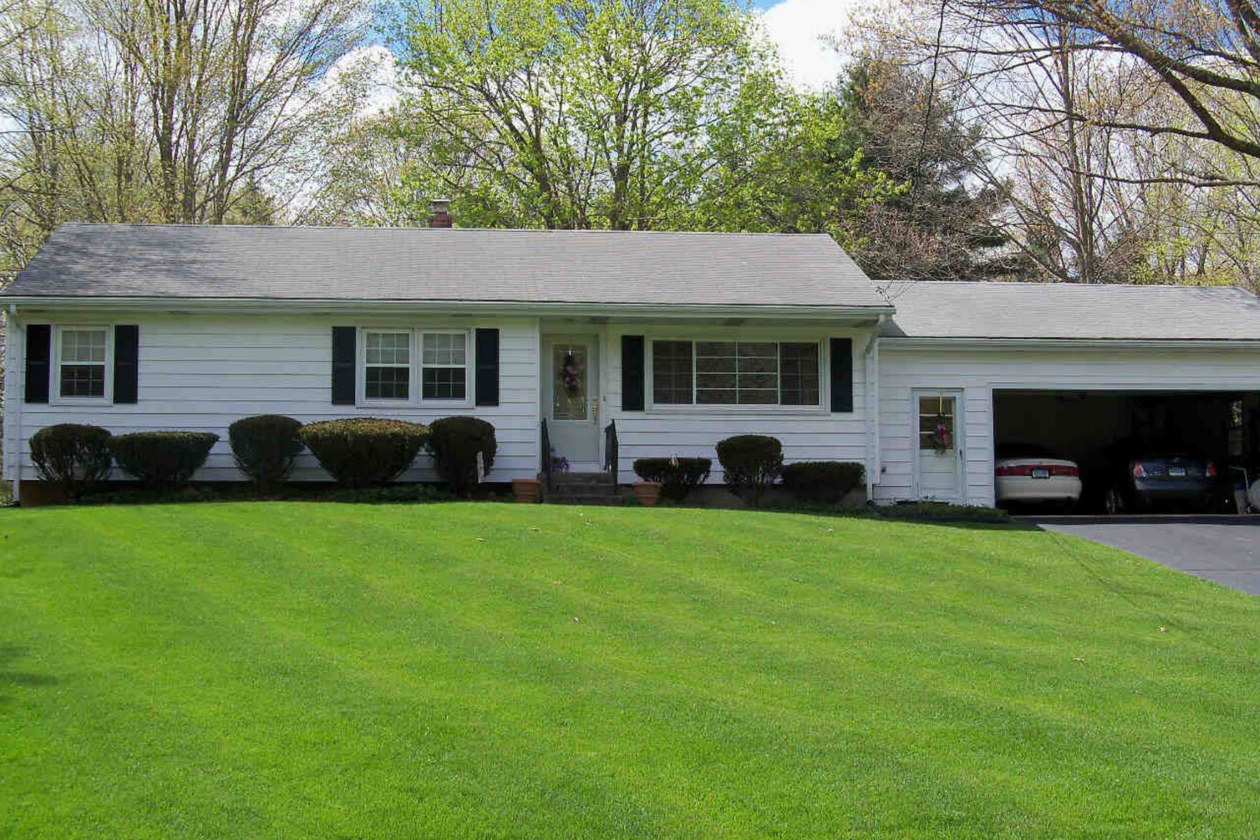 Single Family Homes for Active at 56 Basswood Drive North Branford, Connecticut 06471 United States