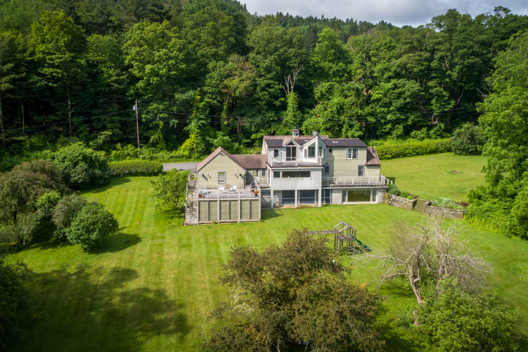 Single Family Homes for Active at Big Views, Chic Design, and 5 Private Acres 169 Jug End Rd Egremont, Massachusetts 01230 United States