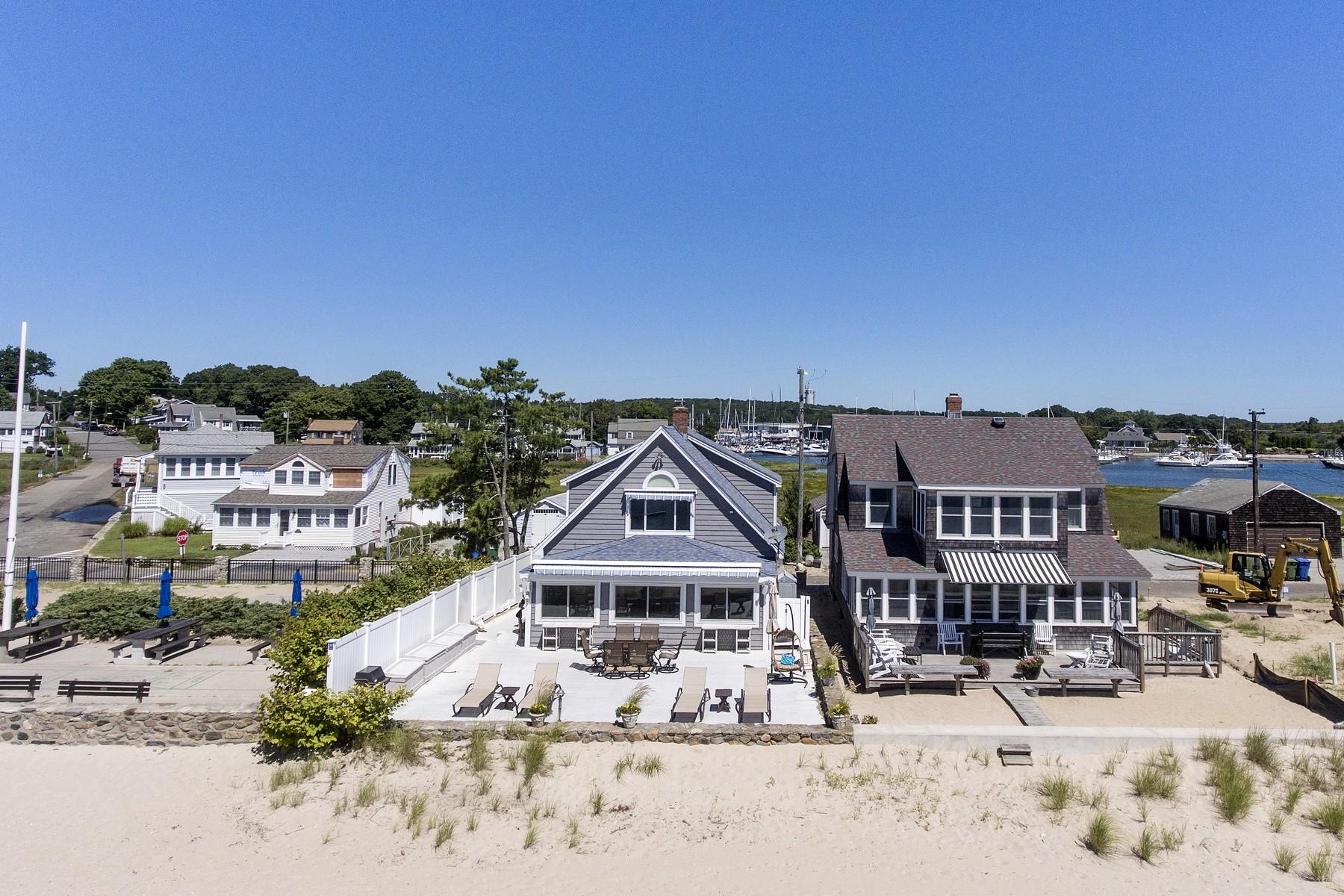 واحد منزل الأسرة للـ Sale في A True Beach Home, Just one Step to The Sand 105 Old Mail Trail Westbrook, Connecticut, 06498 United States