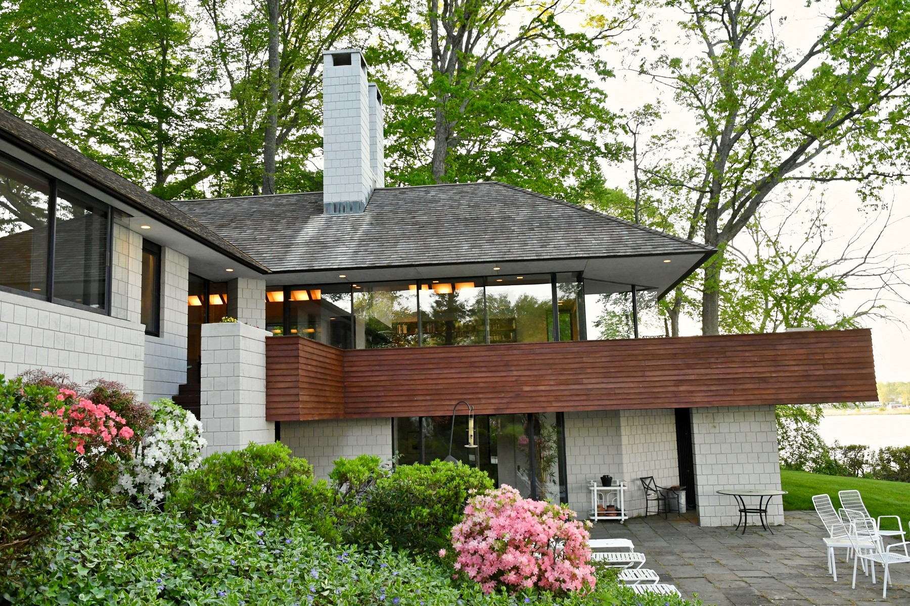 Single Family Homes for Sale at Direct Waterfront Mid Century Modern Masterpiece 42 Crosstrees Hill Road Essex, Connecticut 06426 United States