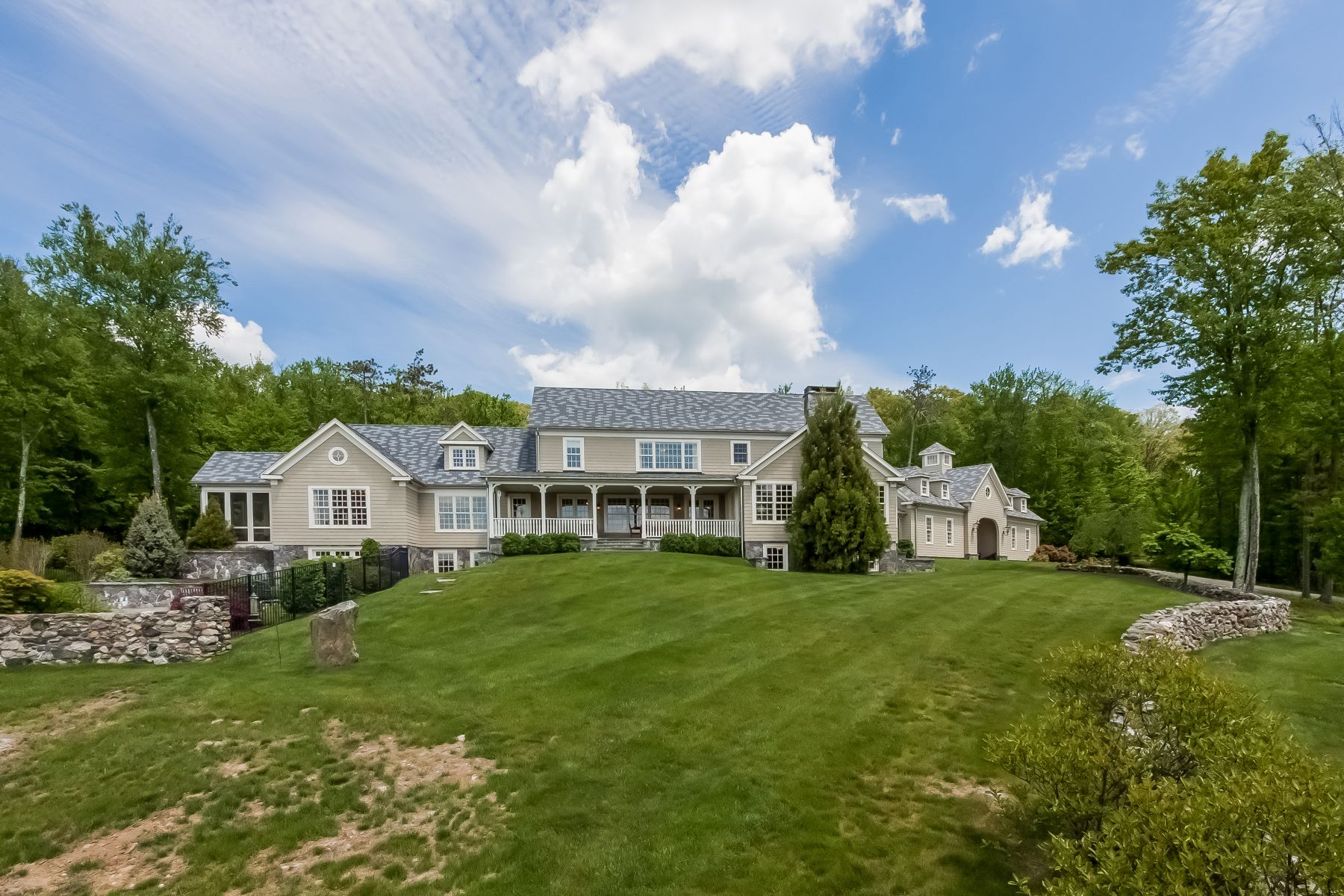 Single Family Home for Sale at Bella Vista 24 Ranney Hill Road Roxbury, Connecticut, 06783 United States