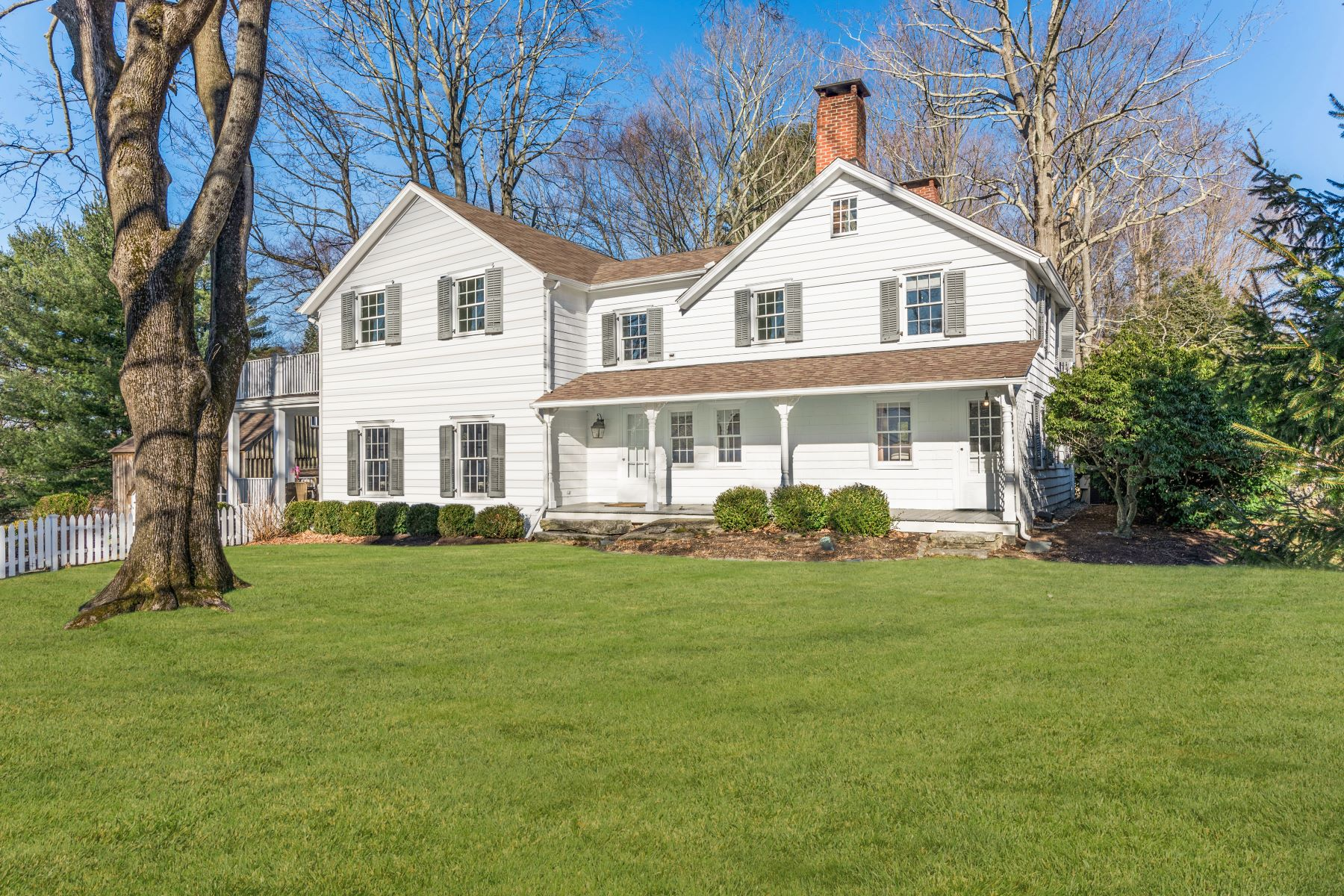 Single Family Homes for Active at 789 Ridgefield Road Wilton, Connecticut 06897 United States