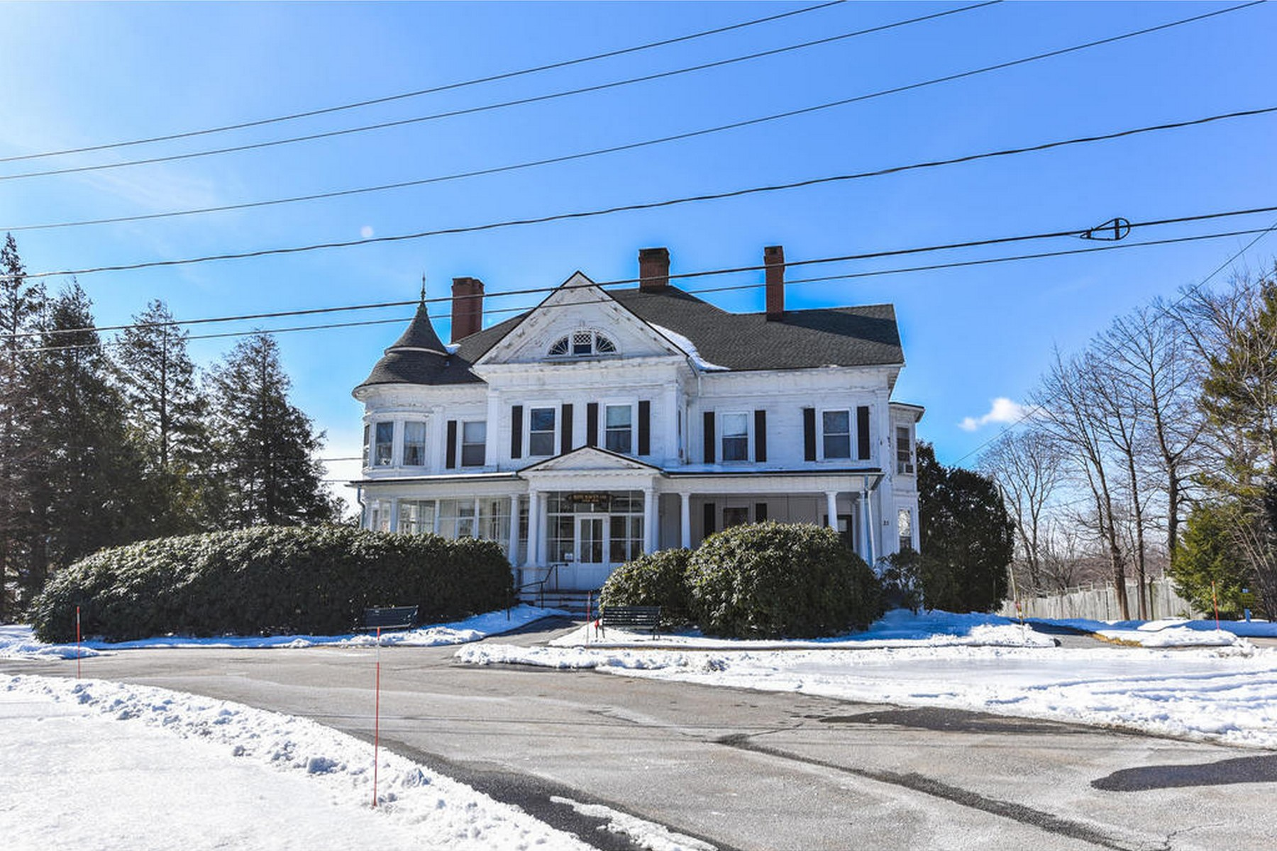 Casa Unifamiliar por un Venta en The Charles Belden House Ca. 1888 31 North Street Litchfield, Connecticut 06759 Estados Unidos