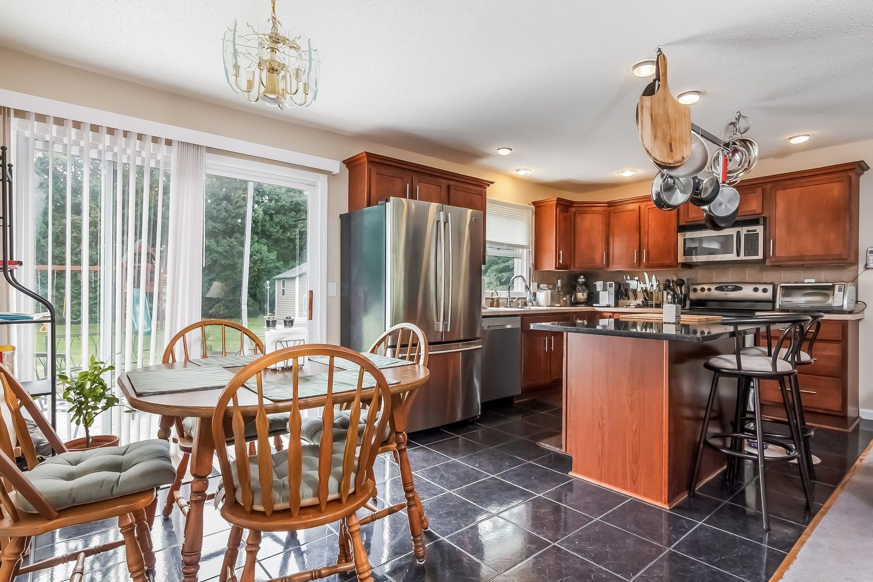 Single Family Home for Sale at Move In Ready Ranch 4 Filosi Rd. East Lyme, Connecticut, 06333 United States