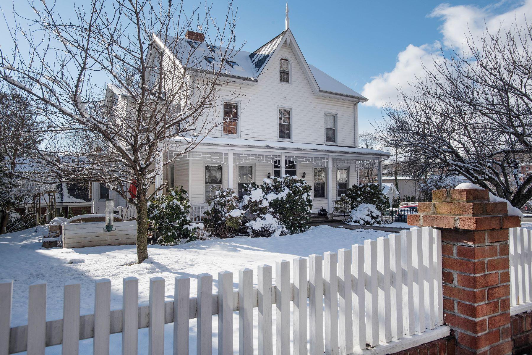 rentals property at 167 Park Street