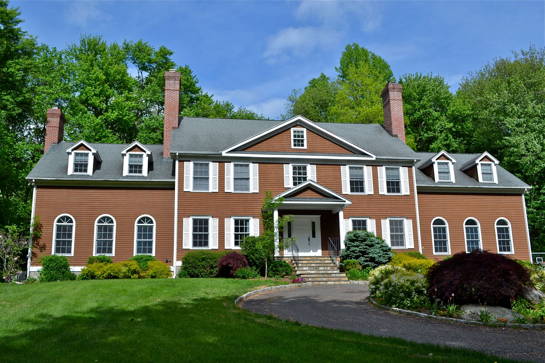 single family homes for Sale at Majestic Georgian Inspired Home 141 Putting Green Road, Trumbull, Connecticut 06611 United States