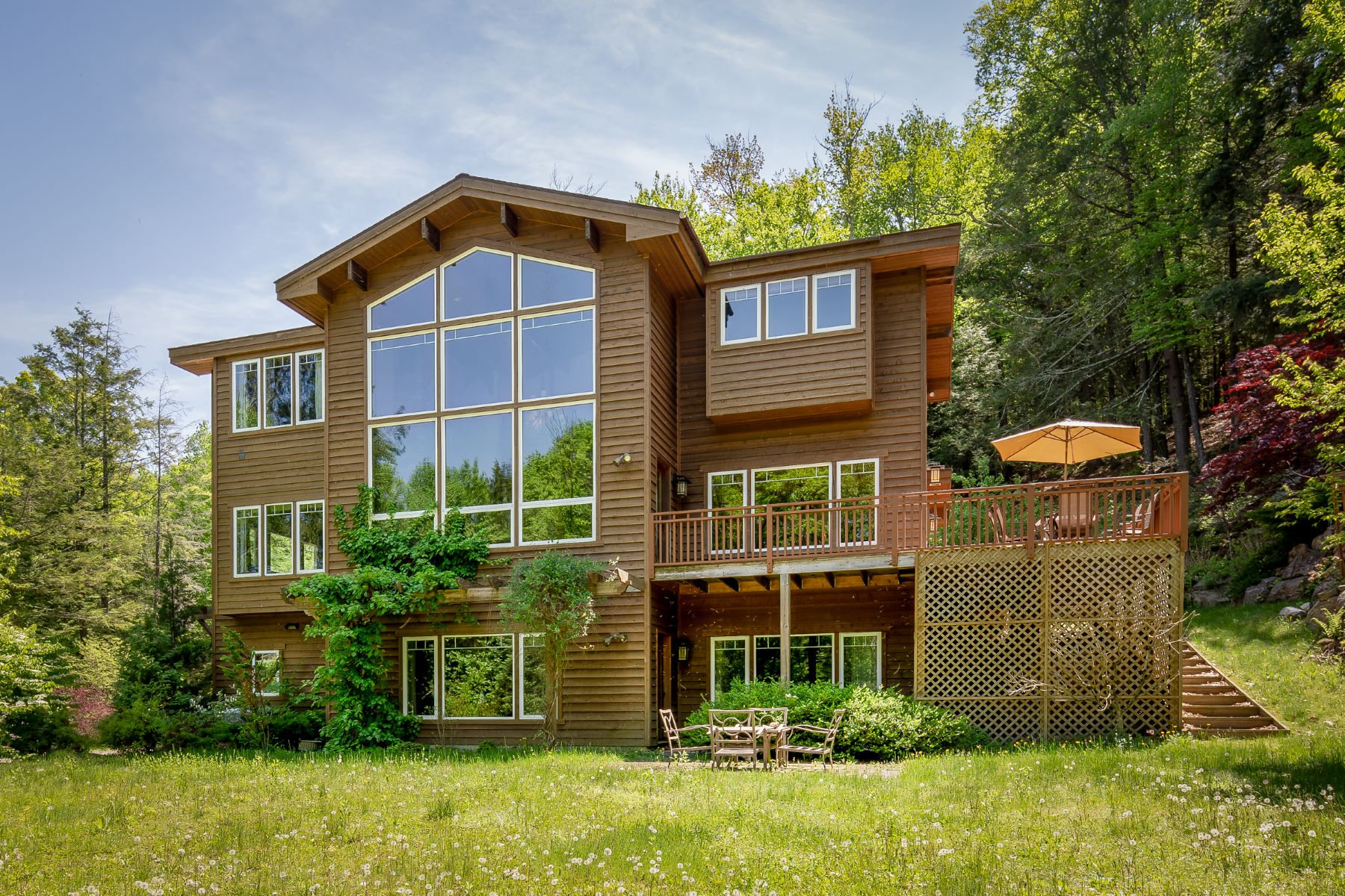 Single Family Homes for Active at Spacious, Light-Filled Contemporary with Custom Arts and Crafts Details 4 East Mountain Rd Great Barrington, Massachusetts 01230 United States