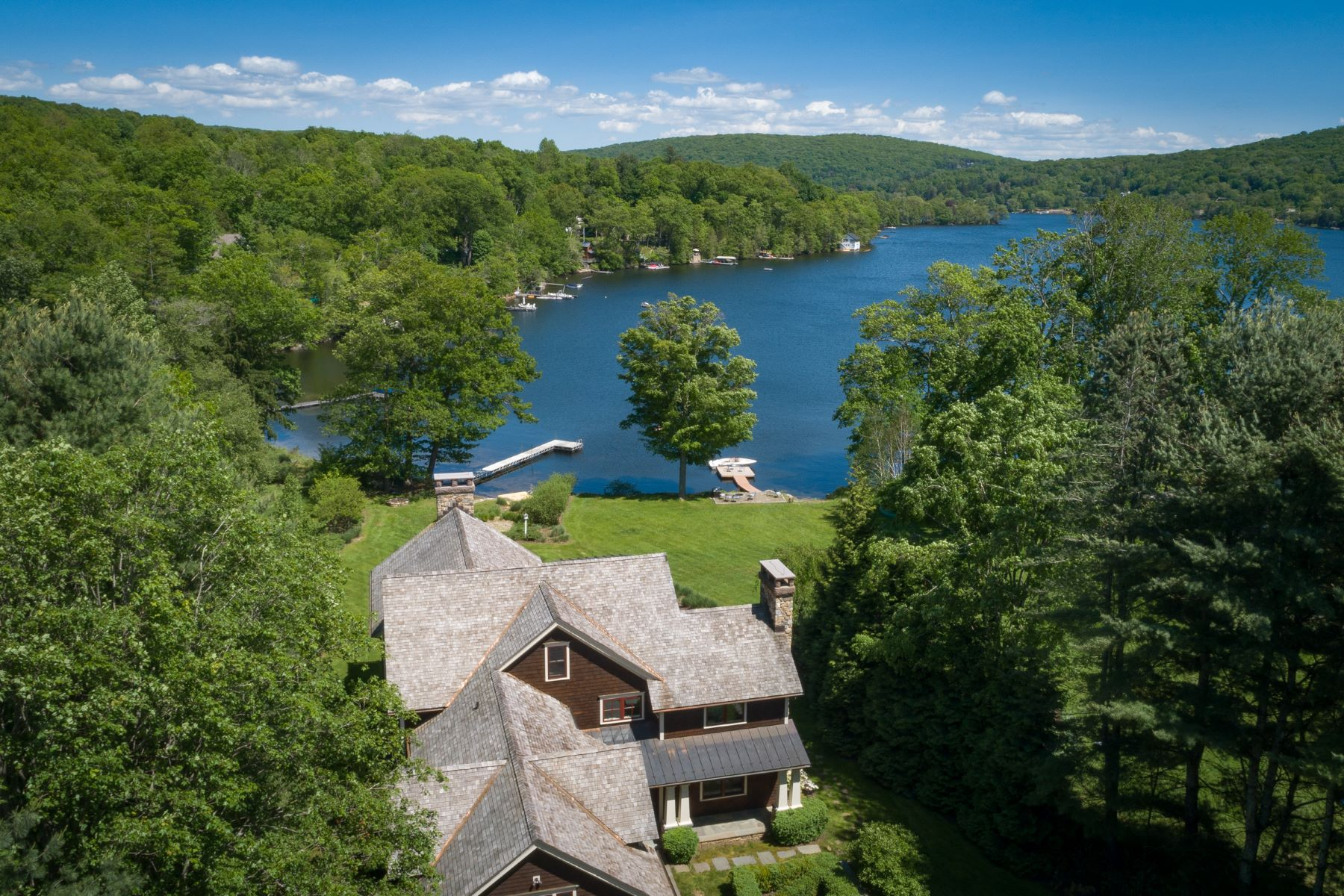 Single Family Homes for Sale at Rare Direct Waterfront 7 Arrow Point Road, Warren, Connecticut 06777 United States