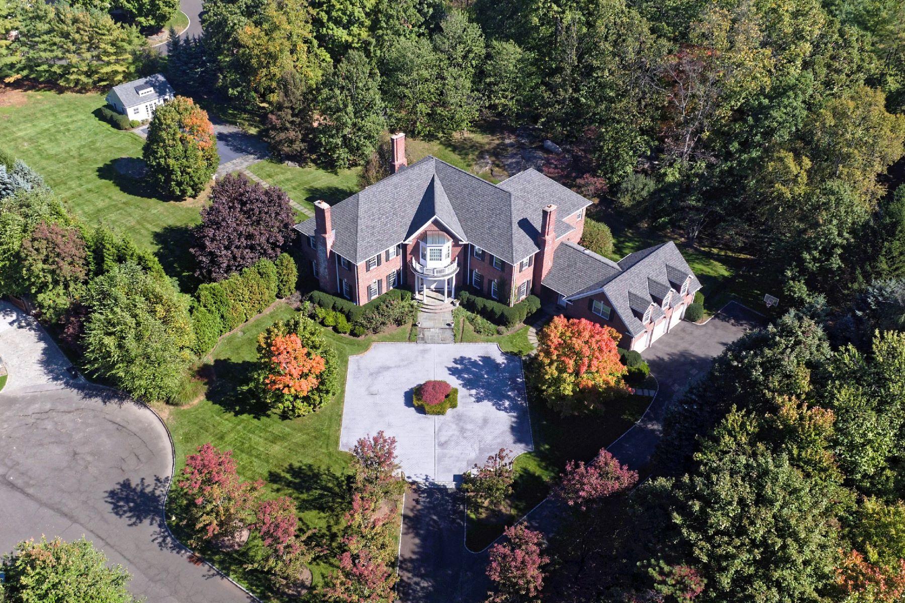 Einfamilienhaus für Verkauf beim 2 Laurelwood Court Rye, New York, 10580 Vereinigte Staaten