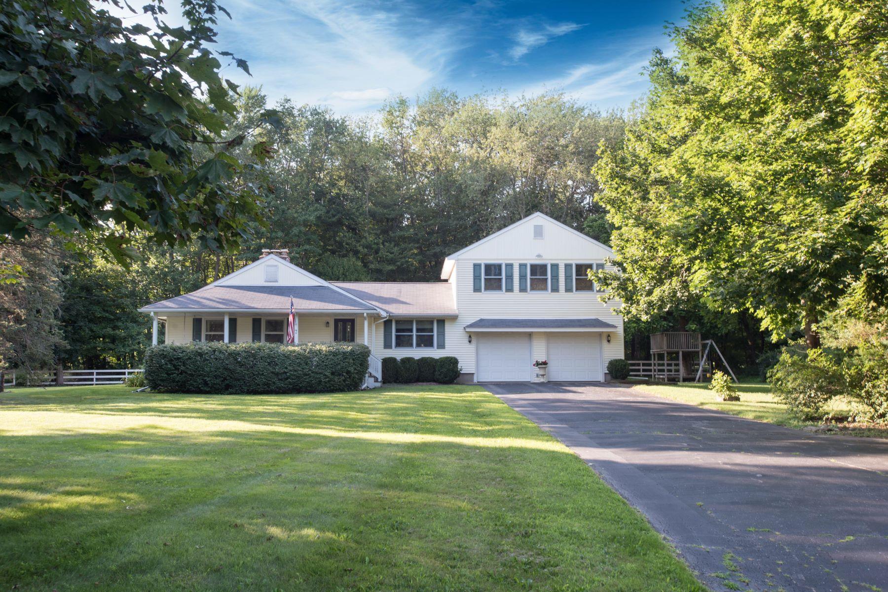 Частный односемейный дом для того Продажа на 7 Amante Drive 7 Amante Drive Easton, Коннектикут 06612 Соединенные Штаты