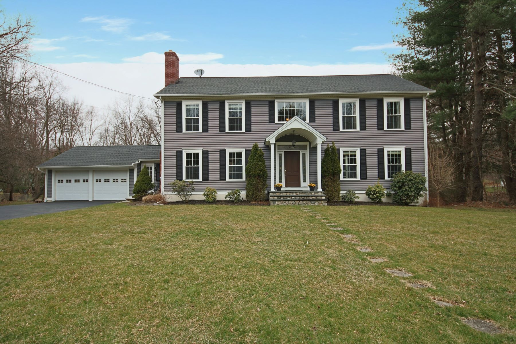 Single Family Homes for Sale at Newer Colonial on Level Lot 68 Tait Road Trumbull, Connecticut 06611 United States