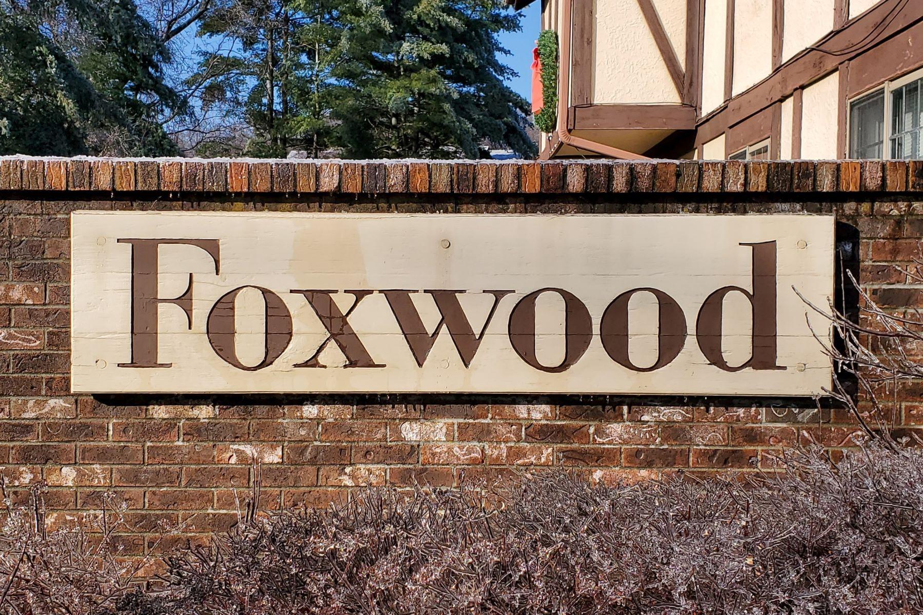 Condominiums por un Venta en Vacation at Home! 334 Foxwood Lane 334 Milford, Connecticut 06461 Estados Unidos