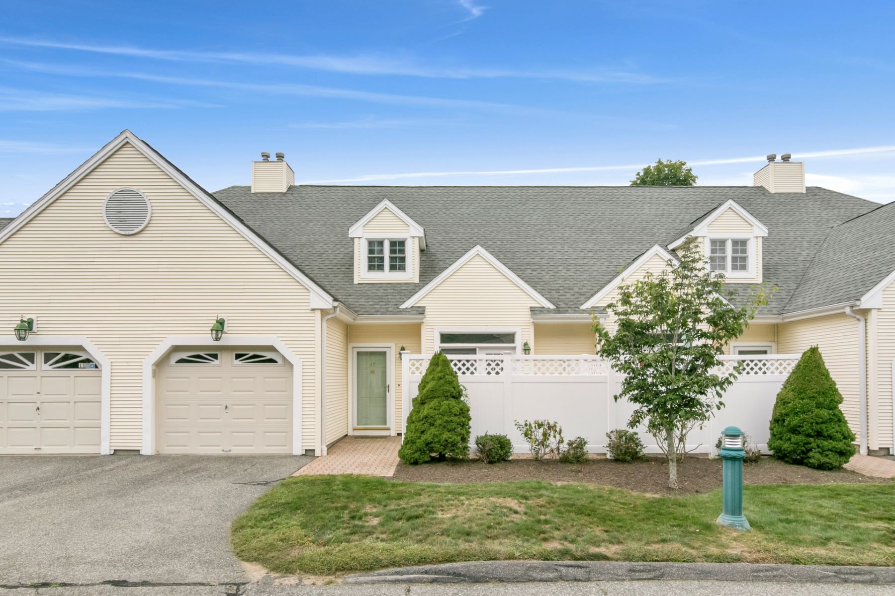 Condominiums for Sale at 15 Southwick Court North 15 Milford, Connecticut 06461 United States