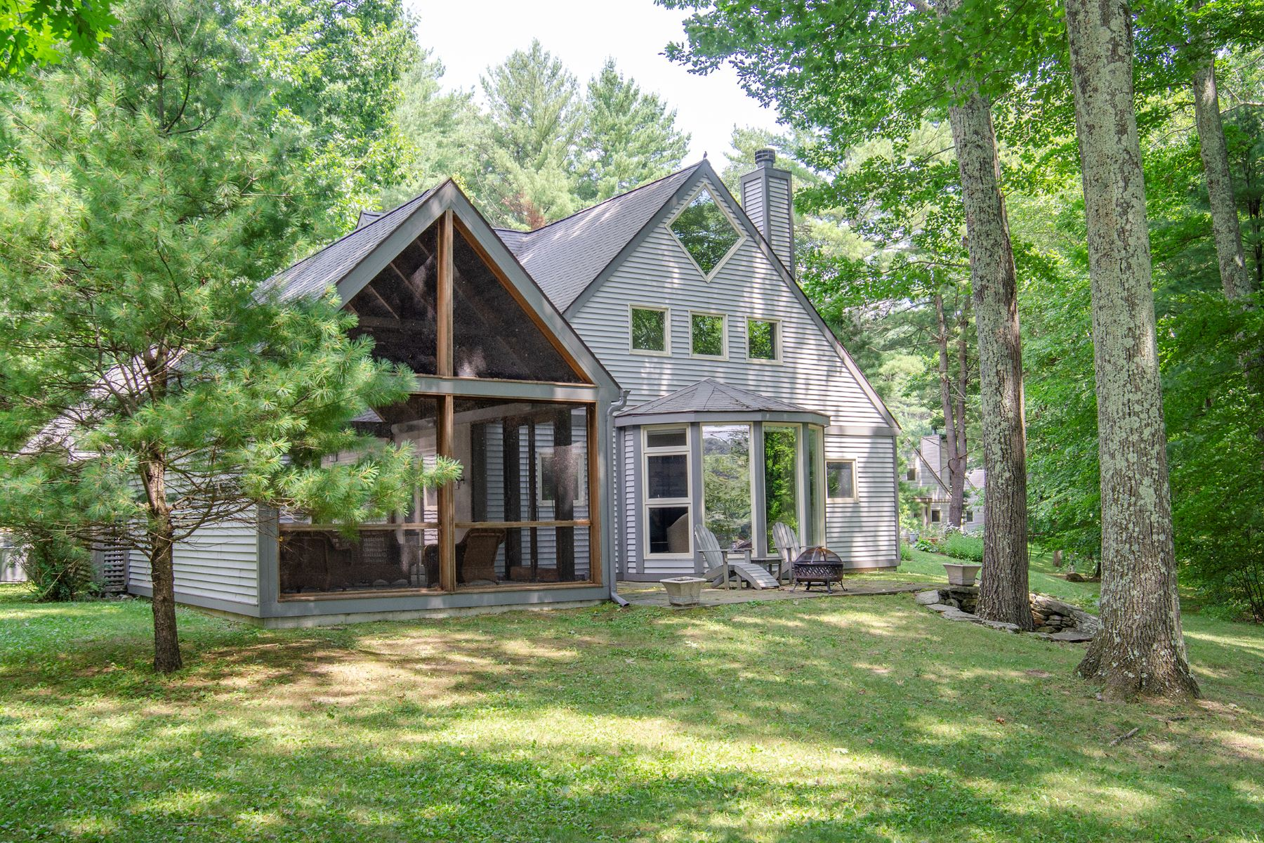 Single Family Homes for Sale at Idyllic Waterfront at Long Lake 134 Arcadia Drive Ancram, New York 12502 United States