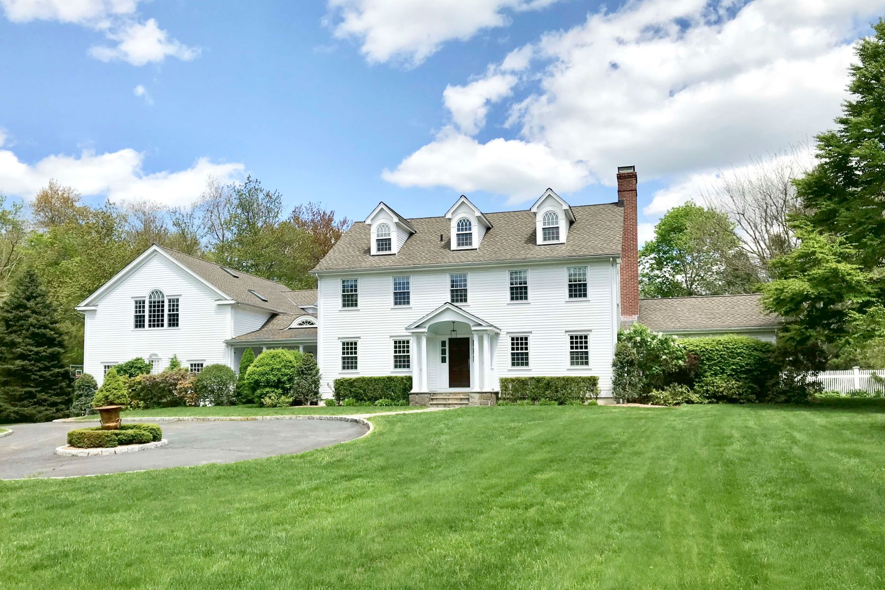 Single Family Homes للـ Sale في Weston, Connecticut 06883 United States
