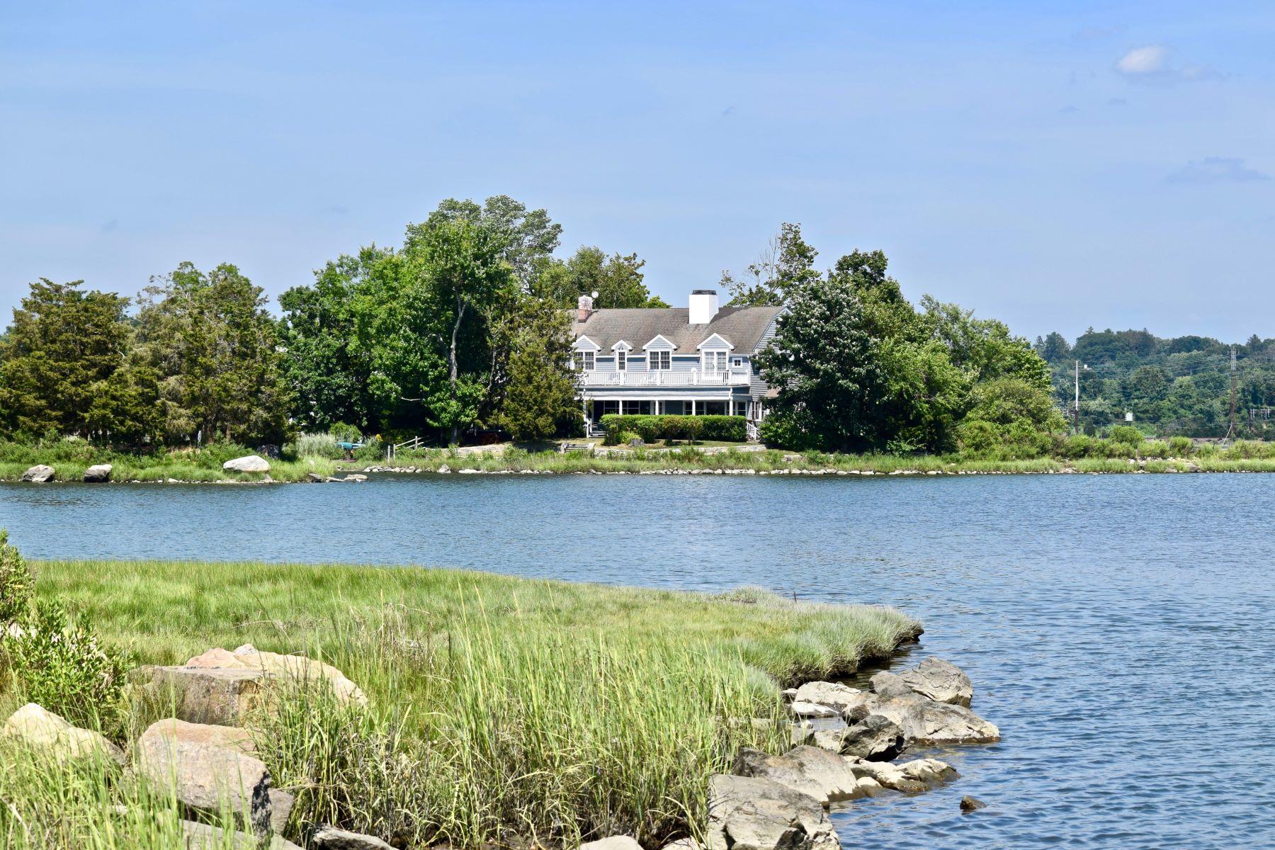 Single Family Homes للـ Sale في Breathtaking Unobstructed Water Views 30 Edgewater Hillside, Westport, Connecticut 06880 United States