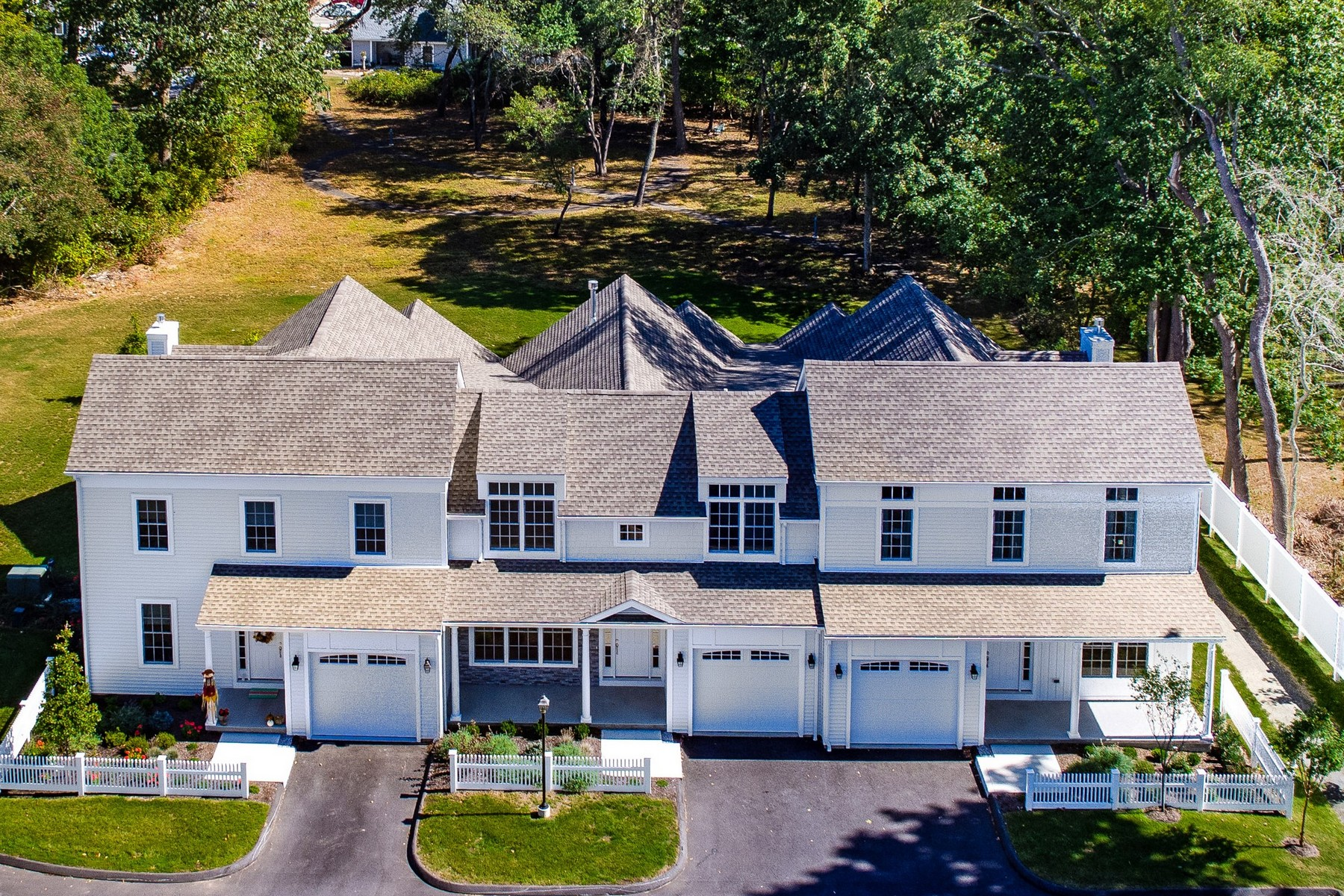 Property for Sale at Luxury Townhouse in the Heart Old Saybrook 25 Sheffield Street 3, Old Saybrook, Connecticut 06475 United States