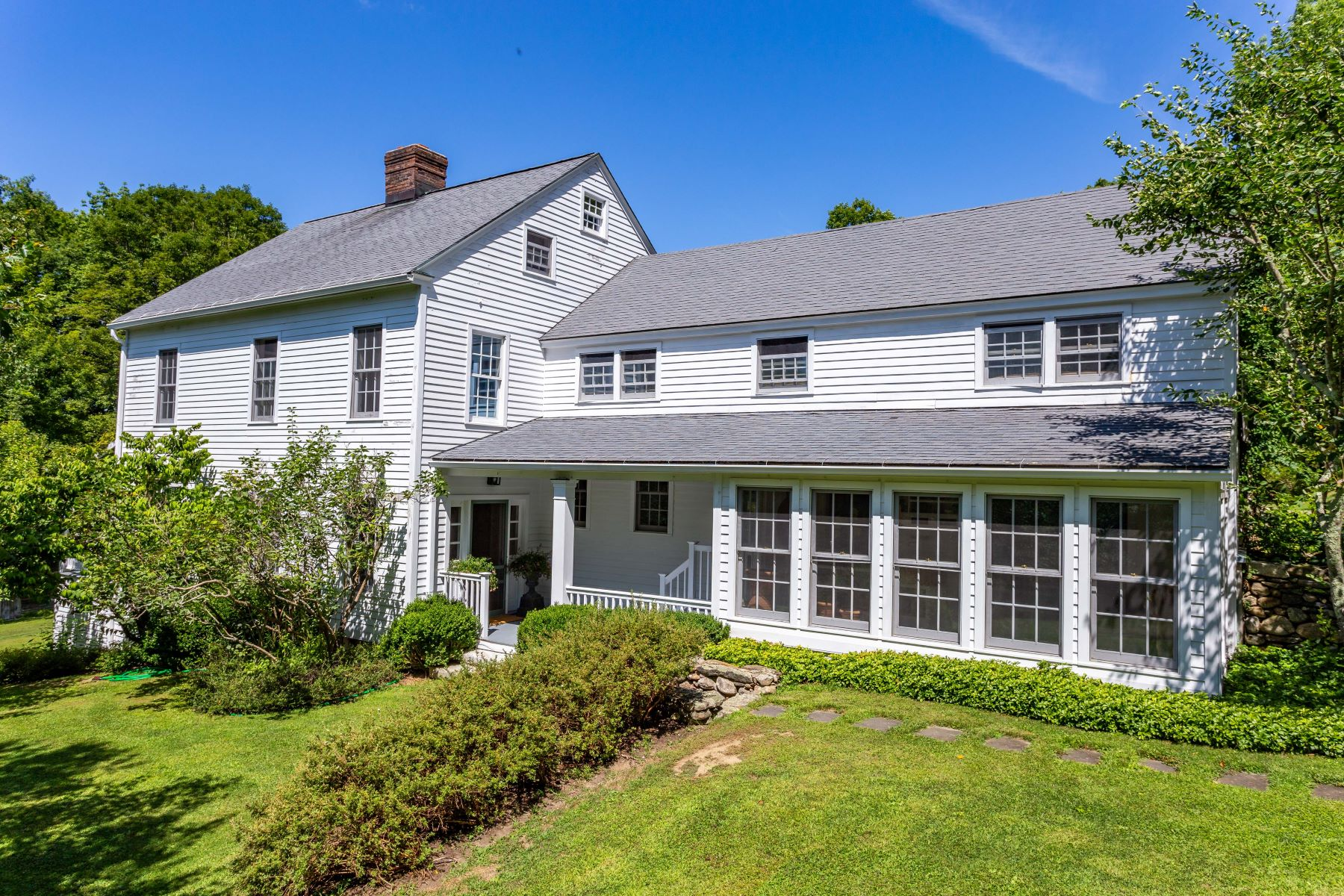 Single Family Homes のために 売買 アット Unique Milton Colonial 566 Milton Road, Litchfield, コネチカット 06759 アメリカ