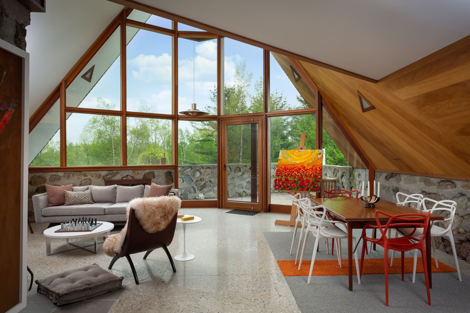 Single Family Homes für Verkauf beim Magnificent Modernist Retreat Designed by Two Colleagues of Frank Lloyd Wright 121 Top Of Dean Hill Rd, Canaan, New York 12029 Vereinigte Staaten