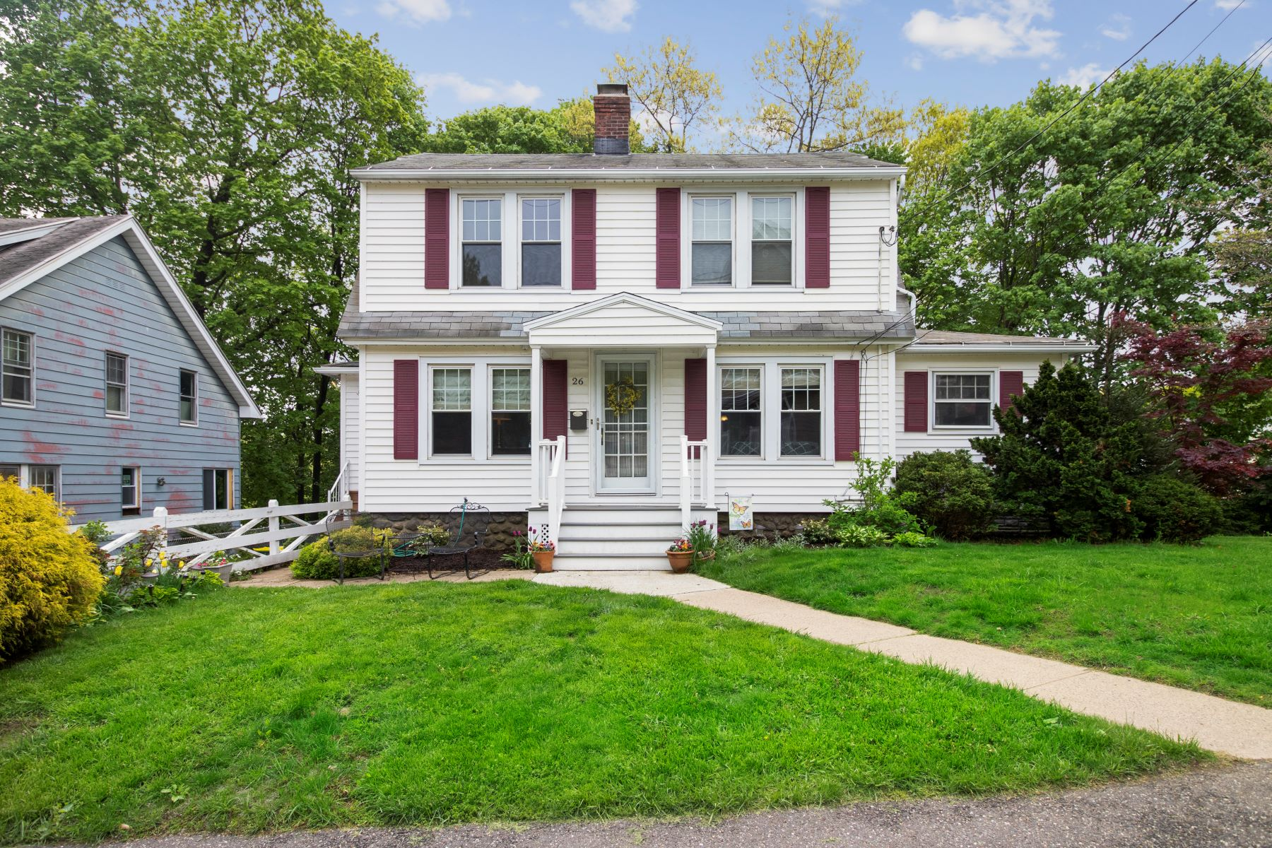 single family homes for Sale at Just Unpack and Move Right In 26 Sudbury St, Waterbury, Connecticut 06708 United States