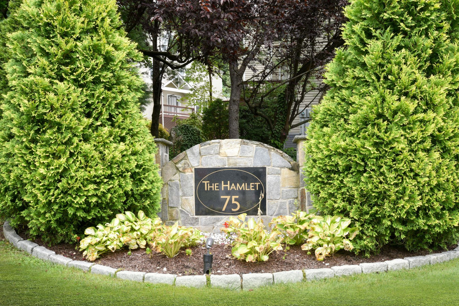 Single Family Homes for Sale at Welcome to the Hamlet Condo's 75 West Hartsdale Avenue 26 Hartsdale, New York 10530 United States