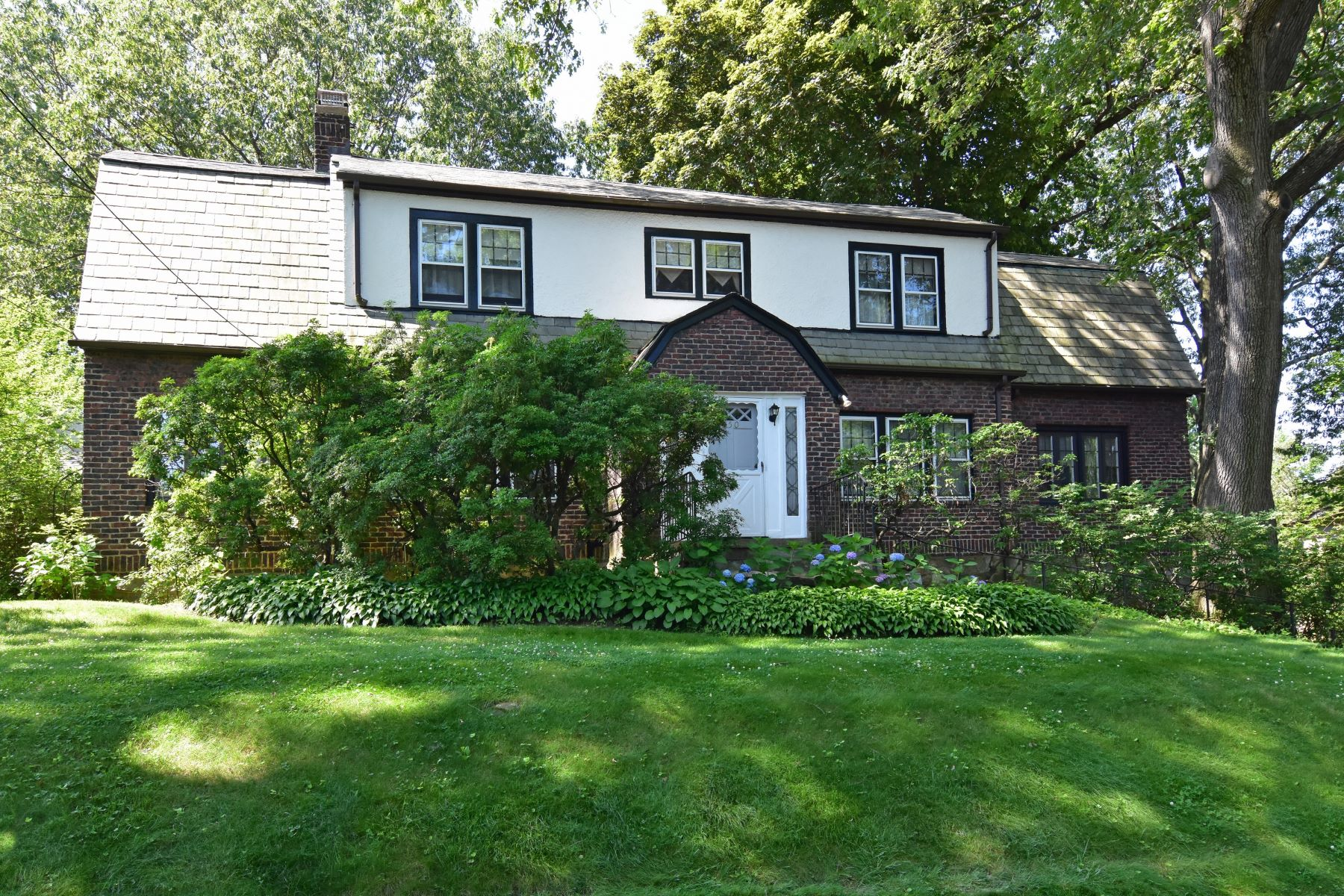 Single Family Homes for Sale at Welcome To 250 First Street 250 First Street Pelham, New York 10803 United States