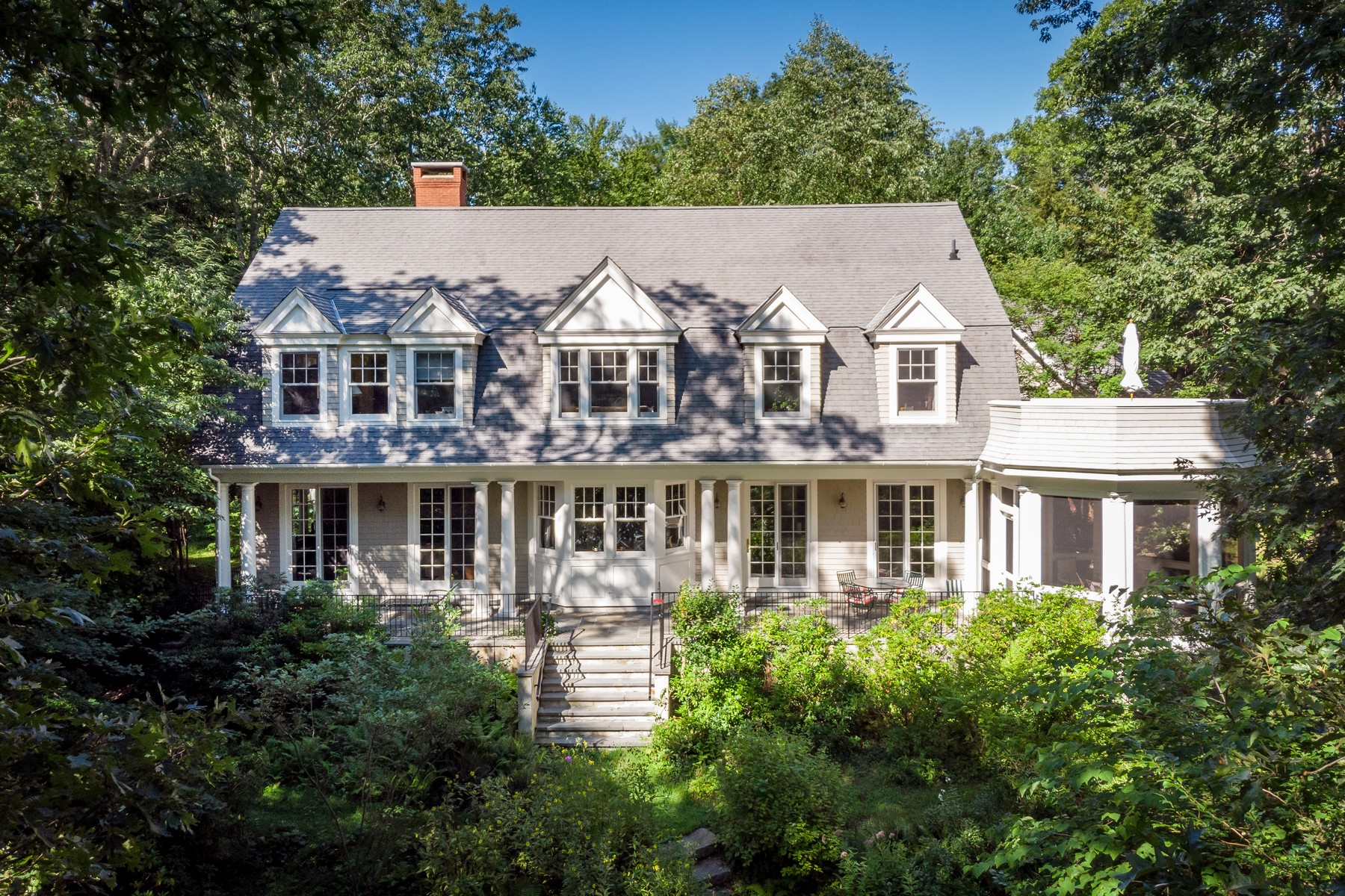 Single Family Home for Sale at Privacy and Stunning Views on 2.6 Waterfront Acres 25 Talcott Farm Road Old Lyme, Connecticut 06371 United States