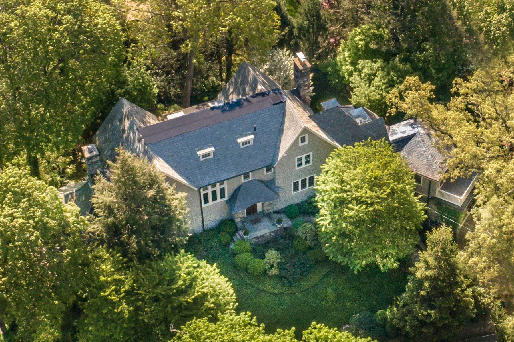 Single Family Home for Sale at Welcome To 6 Northern Avenue 6 Northern Avenue Bronxville, New York 10708 United States